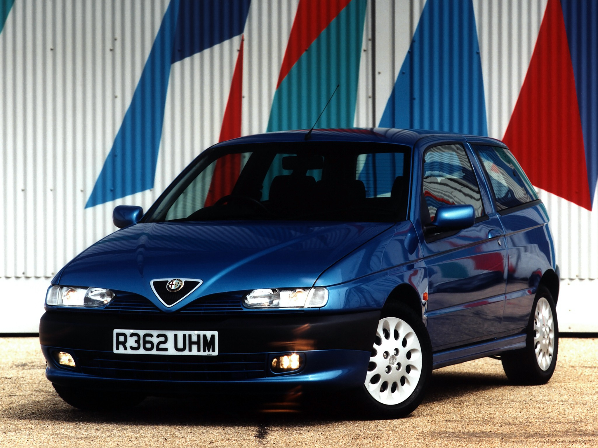 Alfa Romeo 145 Specs Photos 1994 1995 1996 1997 1998 1999 2000 Autoevolution
