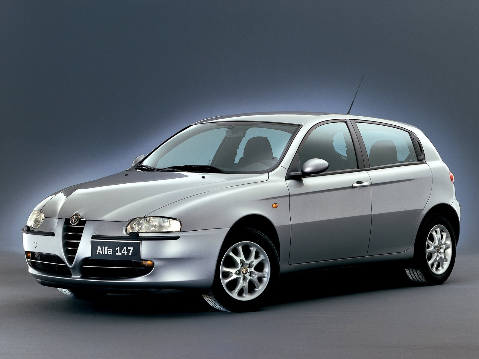 alfa romeo 147. Black Bedroom Furniture Sets. Home Design Ideas