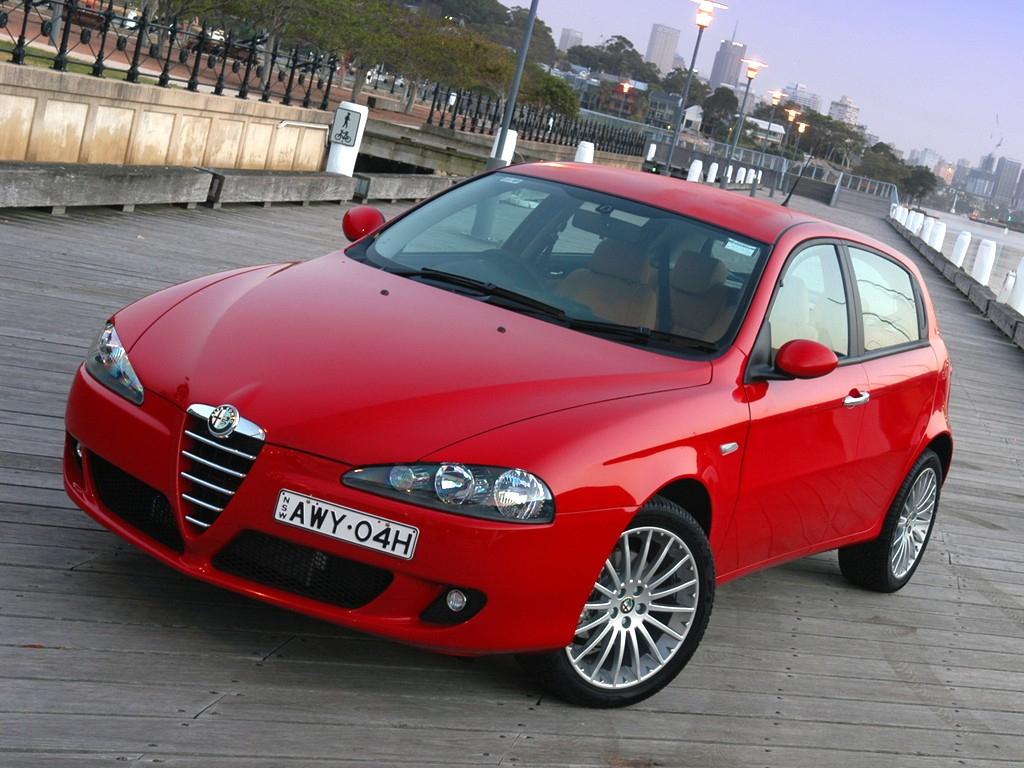 alfa romeo 147 5 doors specs 2005 2006 2007 2008 2009 autoevolution. Black Bedroom Furniture Sets. Home Design Ideas