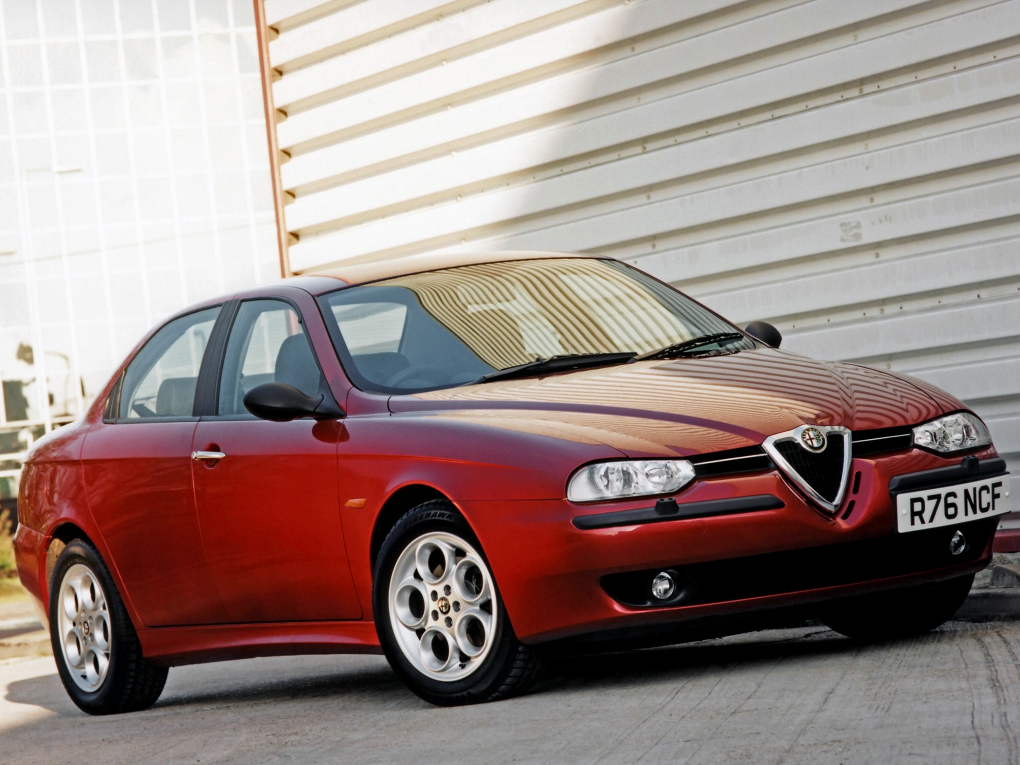 alfa romeo 156 specs 1997 1998 1999 2000 2001 2002 2003 autoevolution. Black Bedroom Furniture Sets. Home Design Ideas