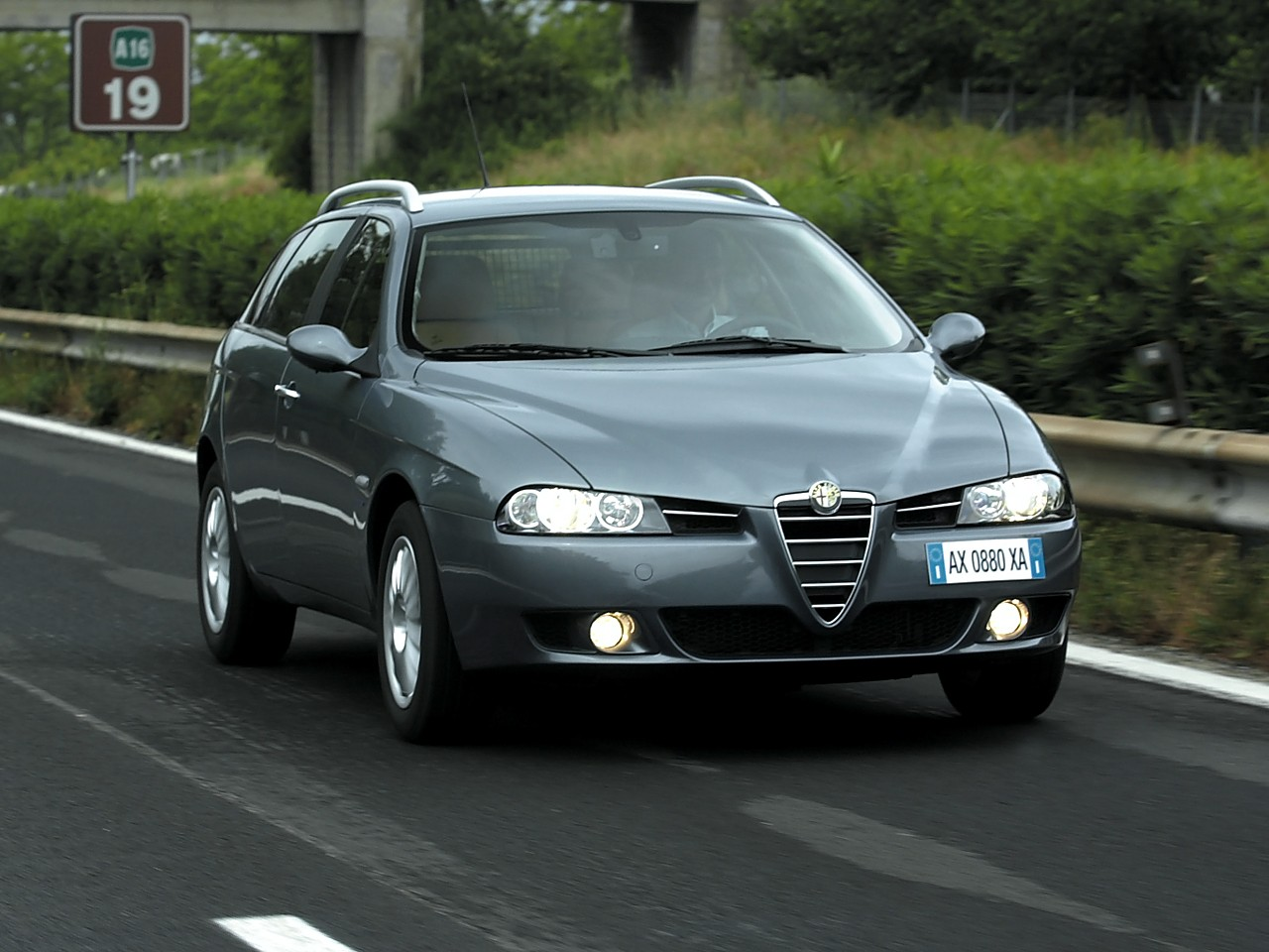 alfa romeo 156 sportwagon specs photos 2003 2004. Black Bedroom Furniture Sets. Home Design Ideas