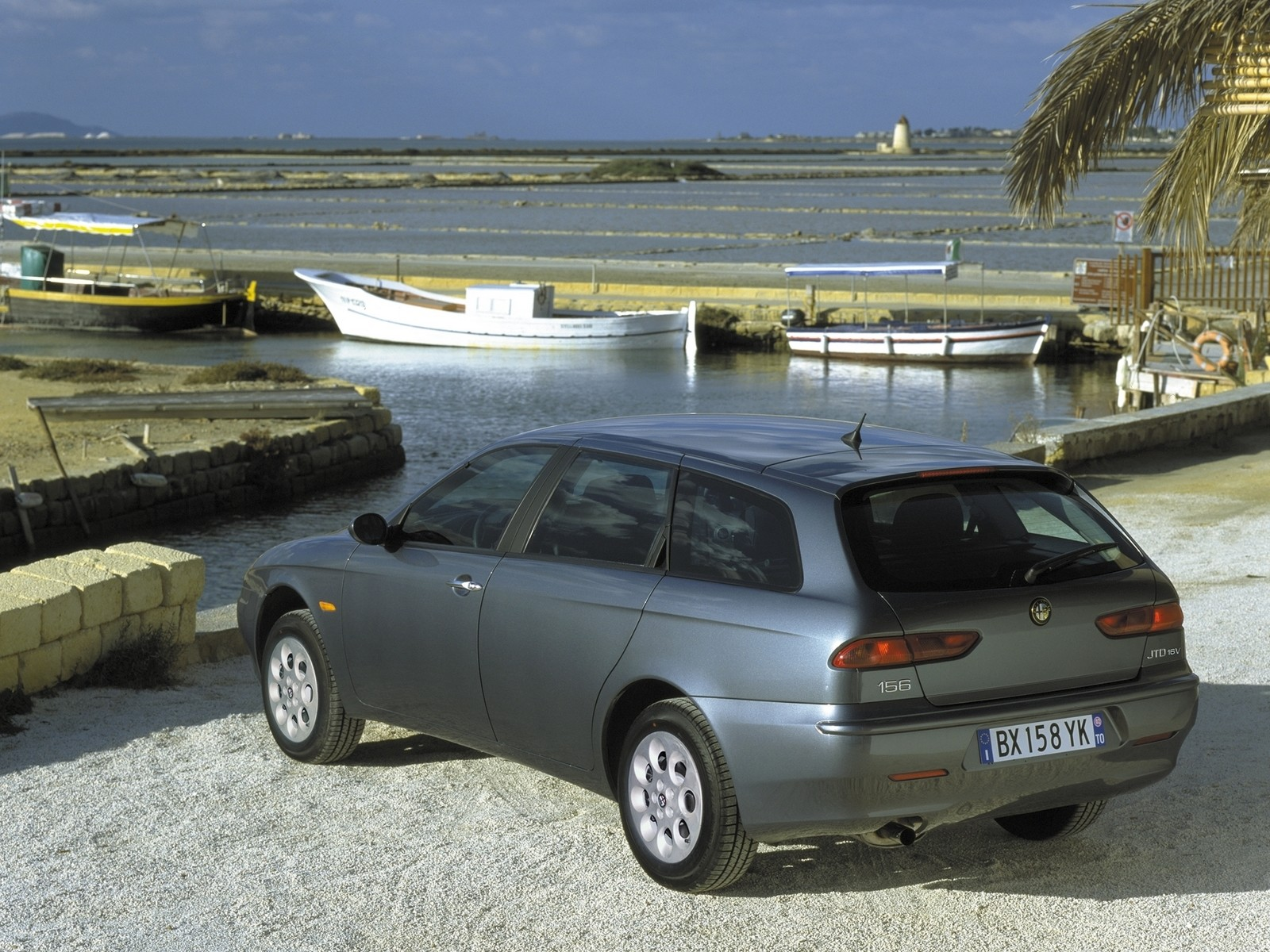 alfa romeo 156 sportwagon specs photos 2000 2001. Black Bedroom Furniture Sets. Home Design Ideas