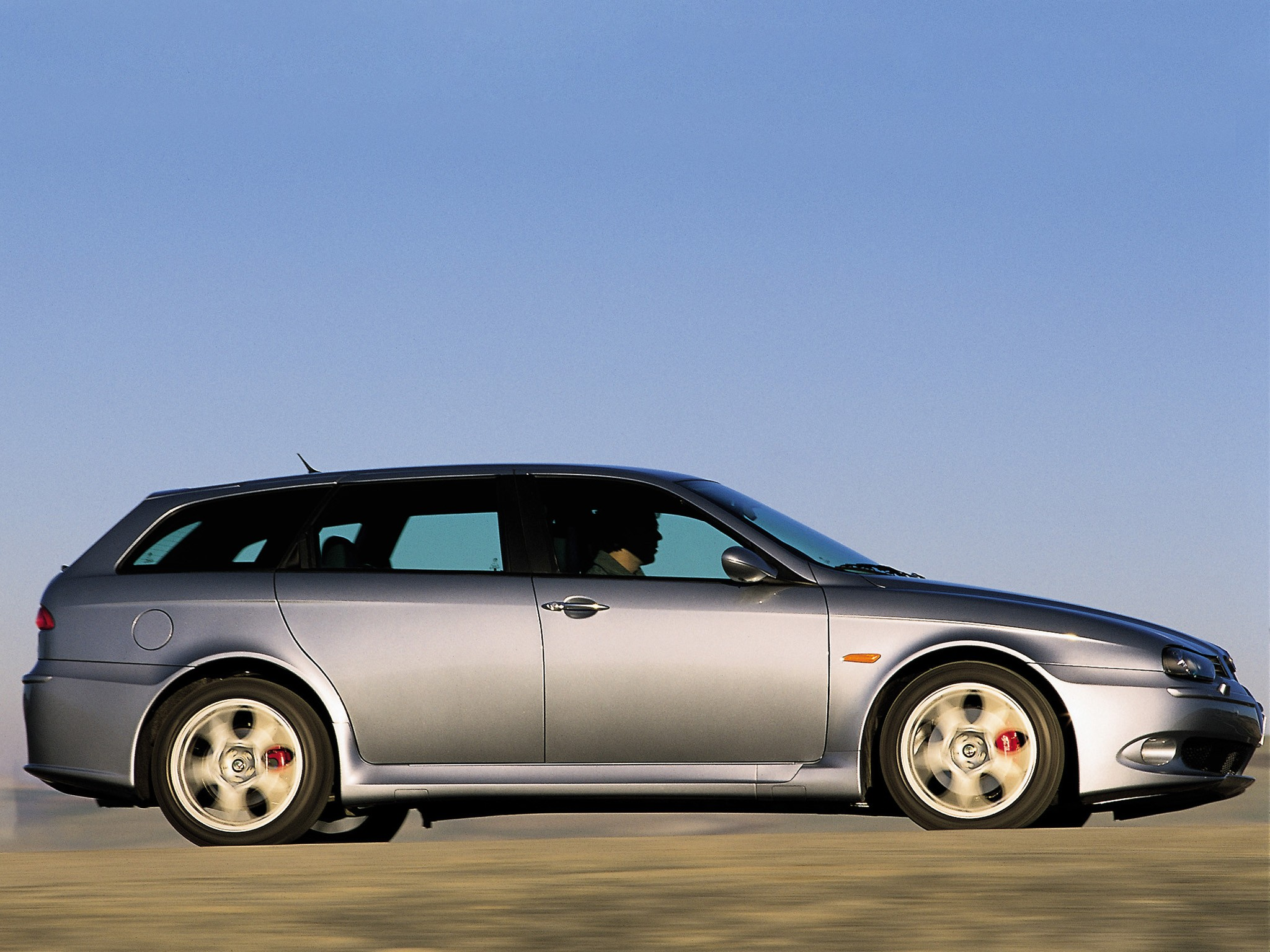 ALFA ROMEO 156 Sportwagon GTA Spezifikationen & Fotos 2002 2003