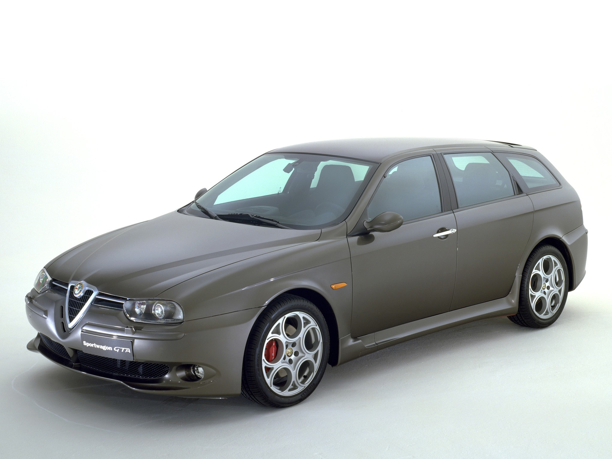alfa romeo 156 sportwagon gta specs 2002 2003 2004 2005 autoevolution. Black Bedroom Furniture Sets. Home Design Ideas