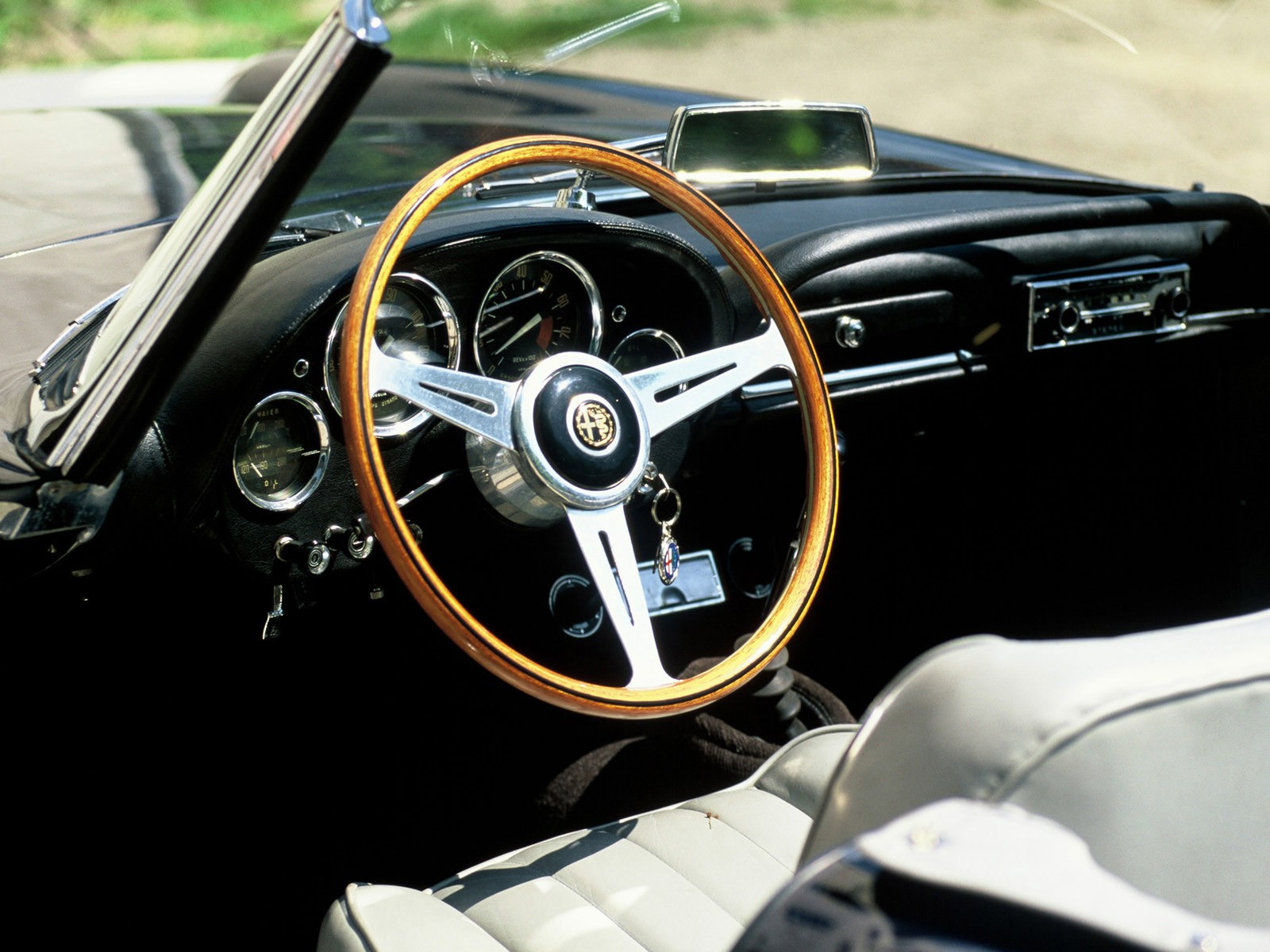 alfa romeo 2600 spider specs - 1962, 1963, 1964, 1965 - autoevolution