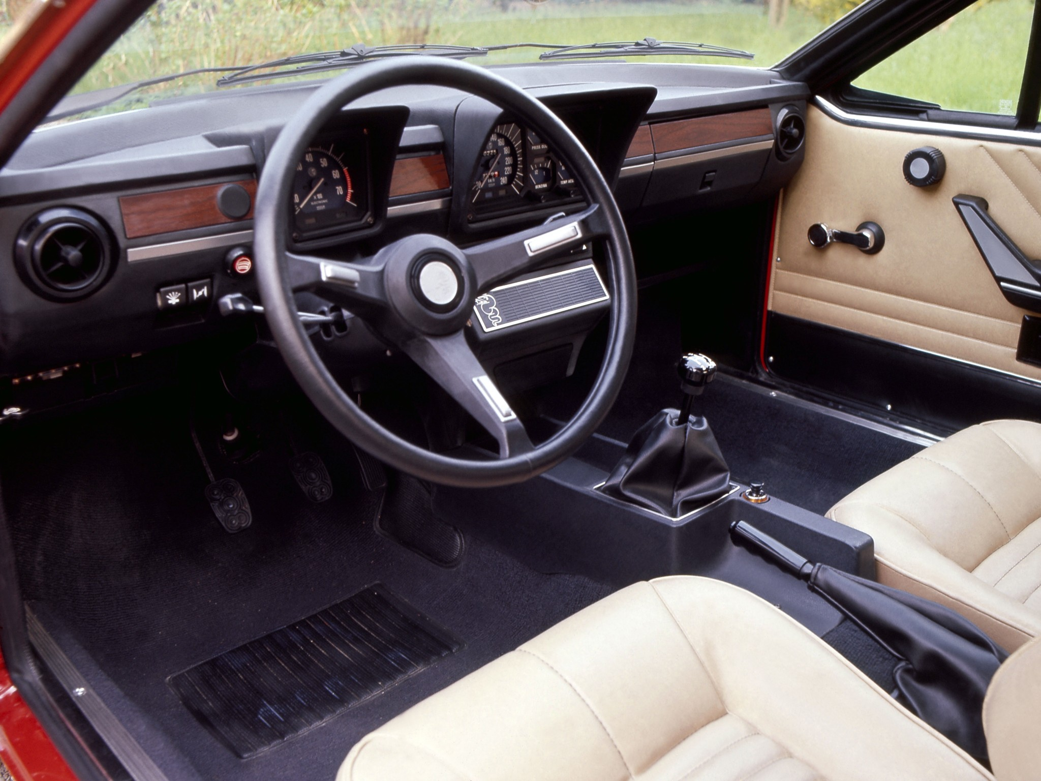 Alfa Romeo Alfetta Gtv Specs Photos 1976 1977 1978 Make Your Own Beautiful  HD Wallpapers, Images Over 1000+ [ralydesign.ml]