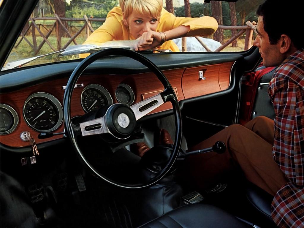 Alfa Romeo Giulia Coupe 1300 Gta Junior Specs  U0026 Photos