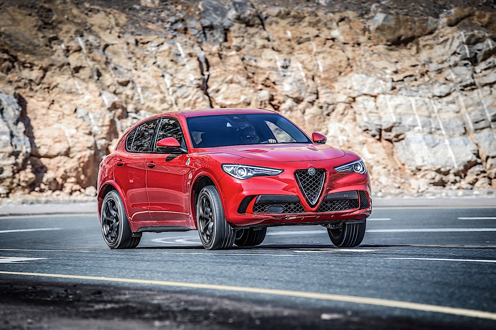 alfa romeo stelvio quadrifoglio specs photos 2017. Black Bedroom Furniture Sets. Home Design Ideas