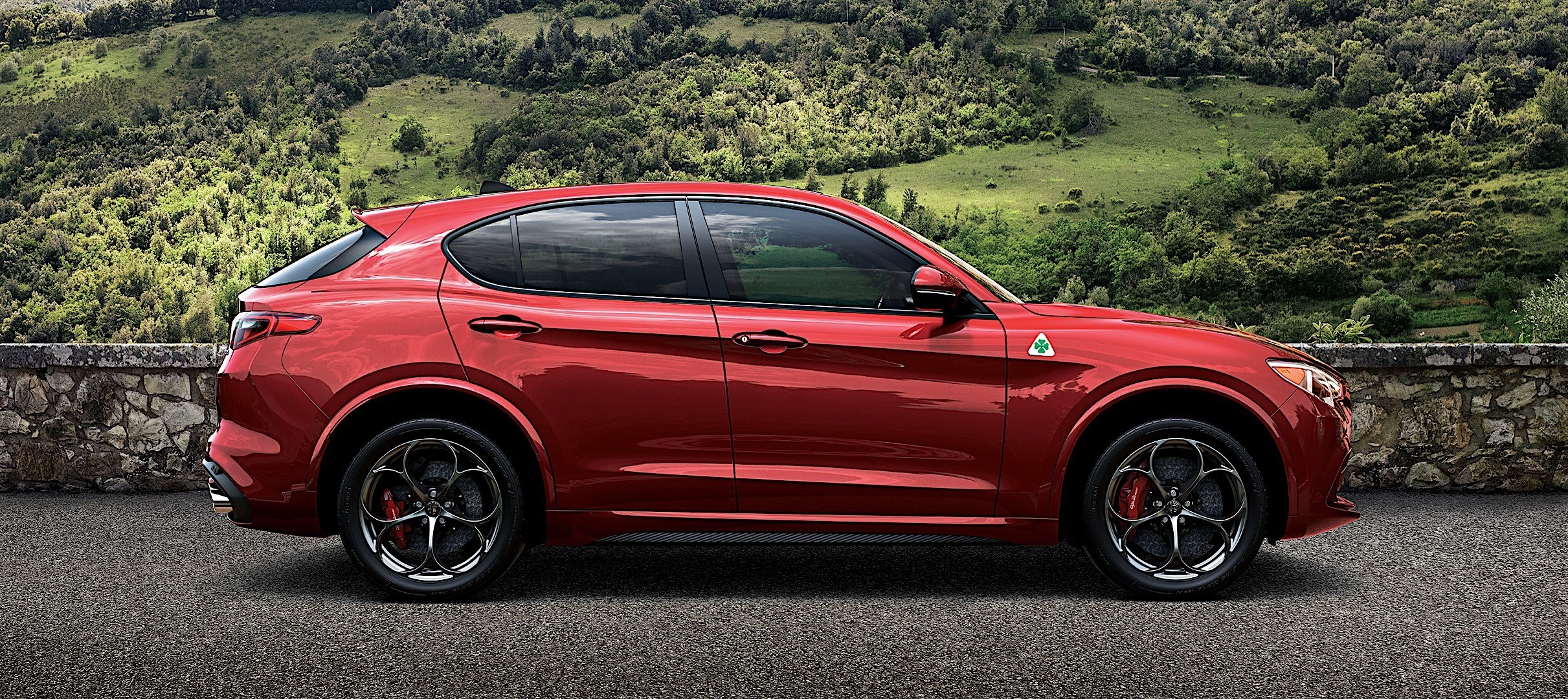 alfa romeo stelvio quadrifoglio specs 2017 2018 autoevolution. Black Bedroom Furniture Sets. Home Design Ideas