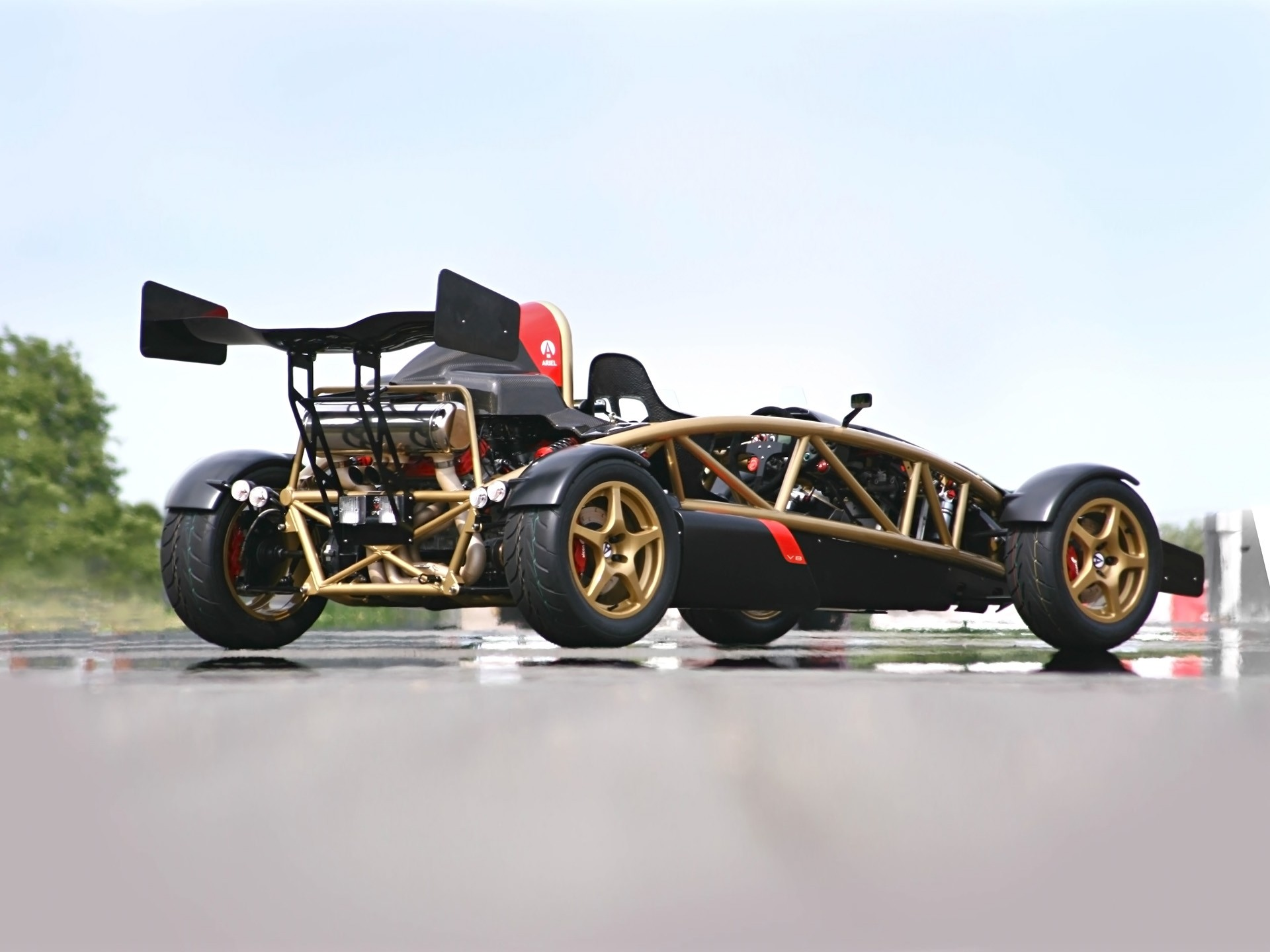 ariel atom 500 v8 specs 2011 2012 2013 2014 2015 2016 2017 2018 autoevolution. Black Bedroom Furniture Sets. Home Design Ideas