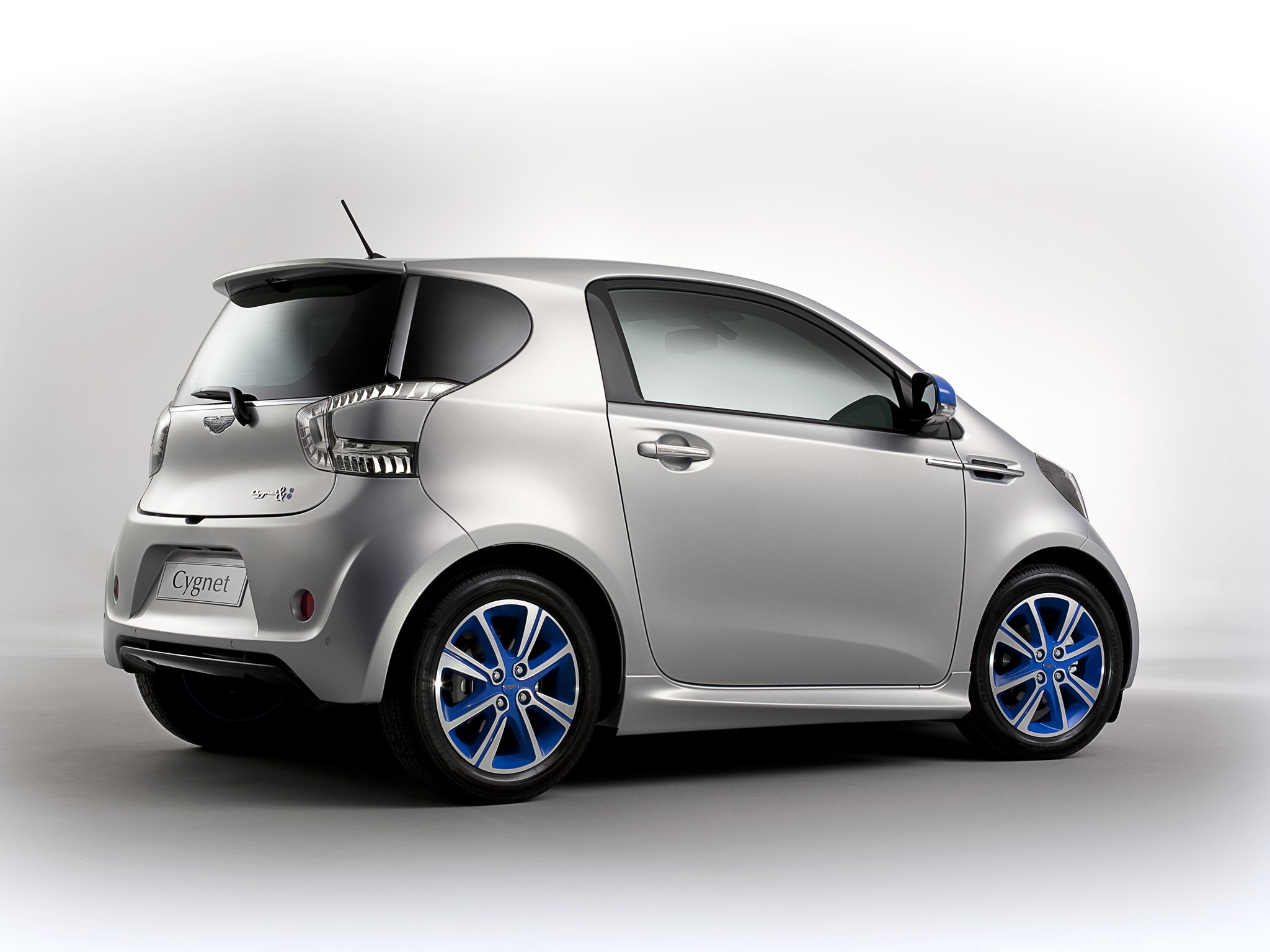 ASTON MARTIN Cygnet specs & photos - 2011, 2012, 2013 - autoevolution