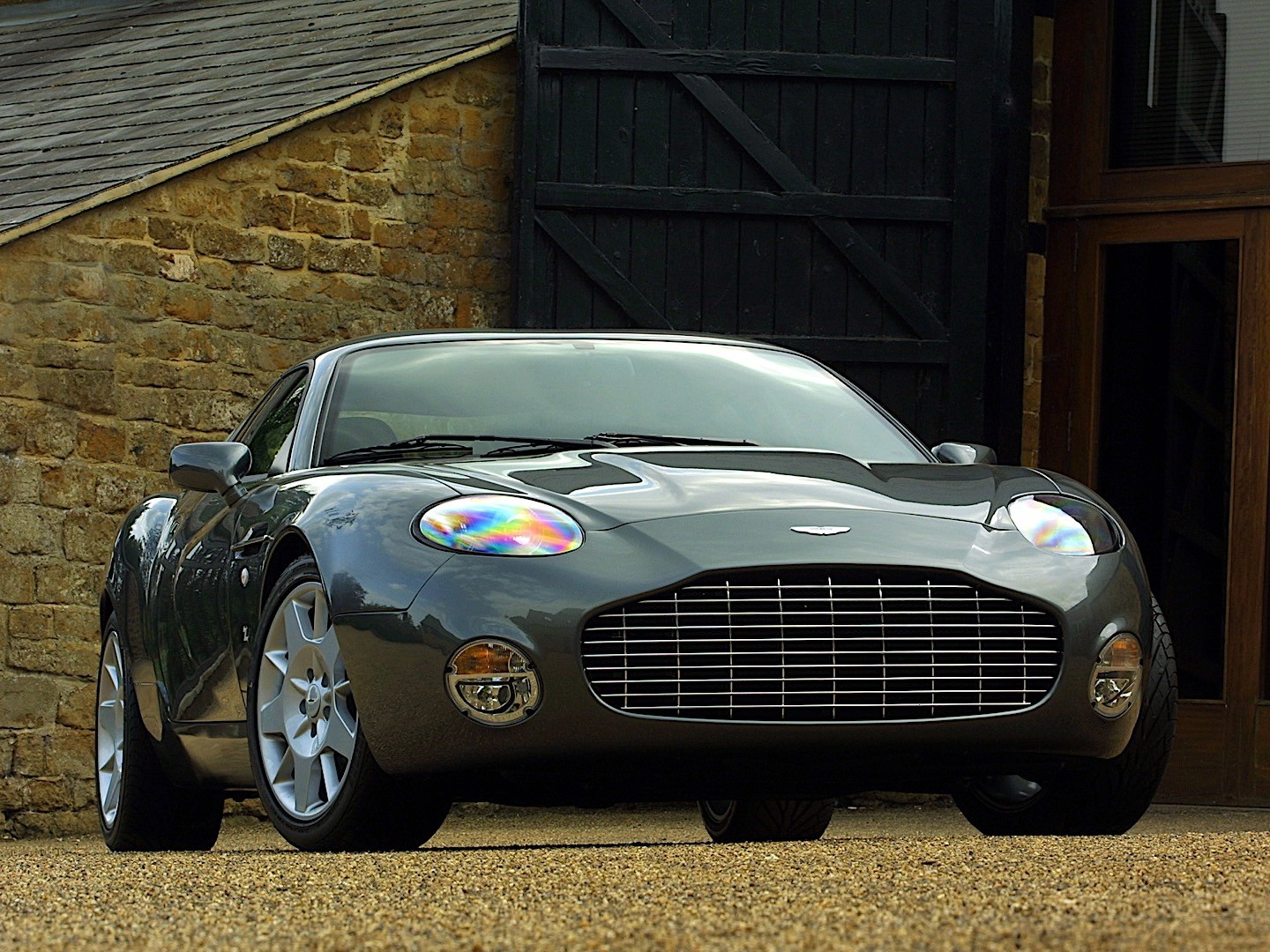 Shortened Cars >> ASTON MARTIN DB7 Zagato specs - 2003 - autoevolution