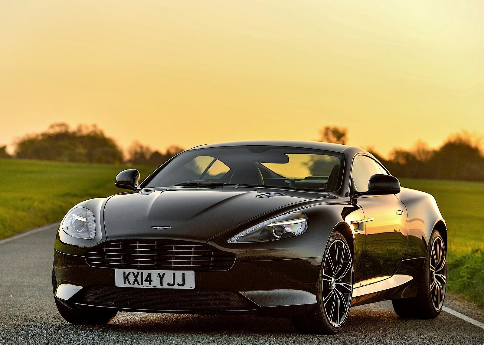 Aston Martin Db9 Carbon Edition Specs Amp Photos 2014
