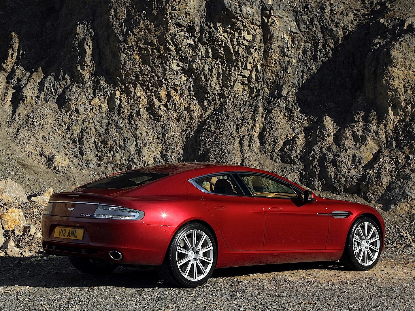 aston martin rapide specs photos 2010 2011 2012 2013 autoevolution. Black Bedroom Furniture Sets. Home Design Ideas