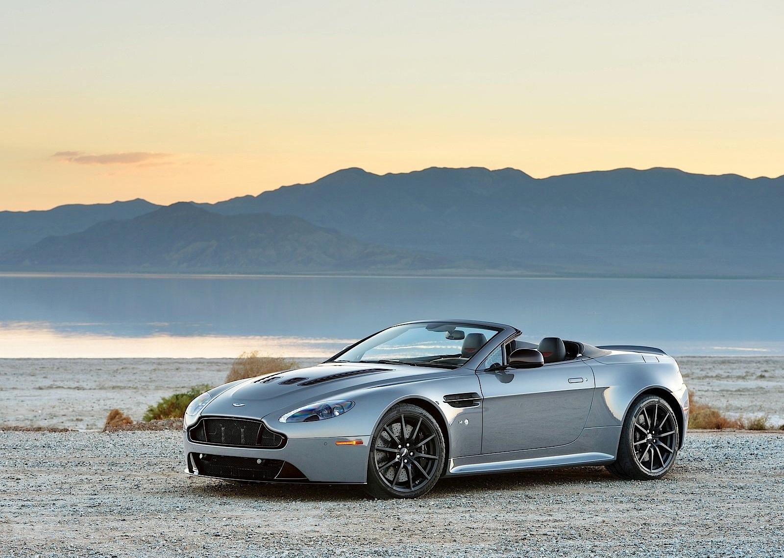 Aston martin v12 vantage s roadster 2014 present