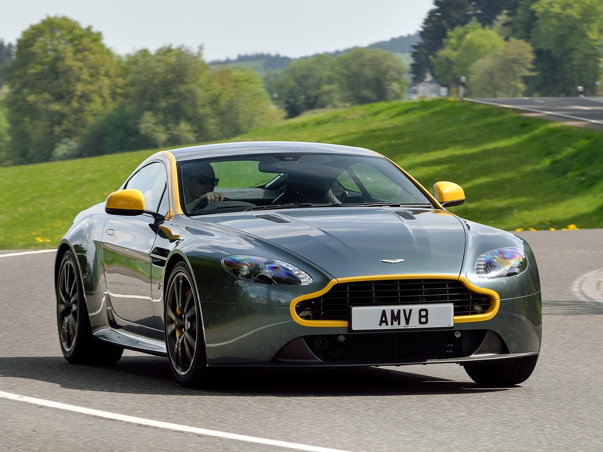 Aston Martin V8 Vantage N430 Details 4 1680x1050 2014 Aston Martin V8 - Aston martin v8 vantage n420 resimleri aston martin v8 vantage n420 4376 42