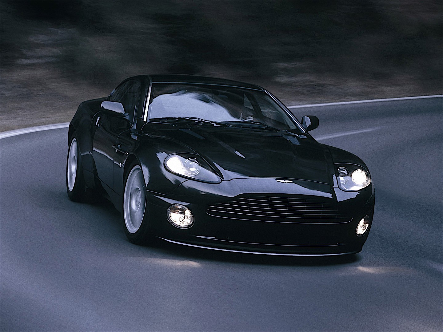 aston martin vanquish s specs 2004 2005 2006 2007 autoevolution. Black Bedroom Furniture Sets. Home Design Ideas
