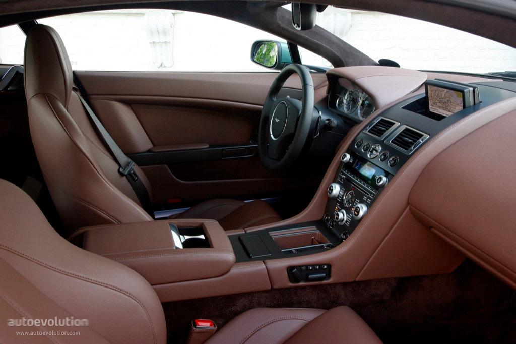 Aston Martin V8 Vantage Spezifikationen Fotos 2008 2009 2010 2011 2012 2013 2014 2015 2016 2017 2018 2019 2020 2021 Autoevolution In Deutscher Sprache