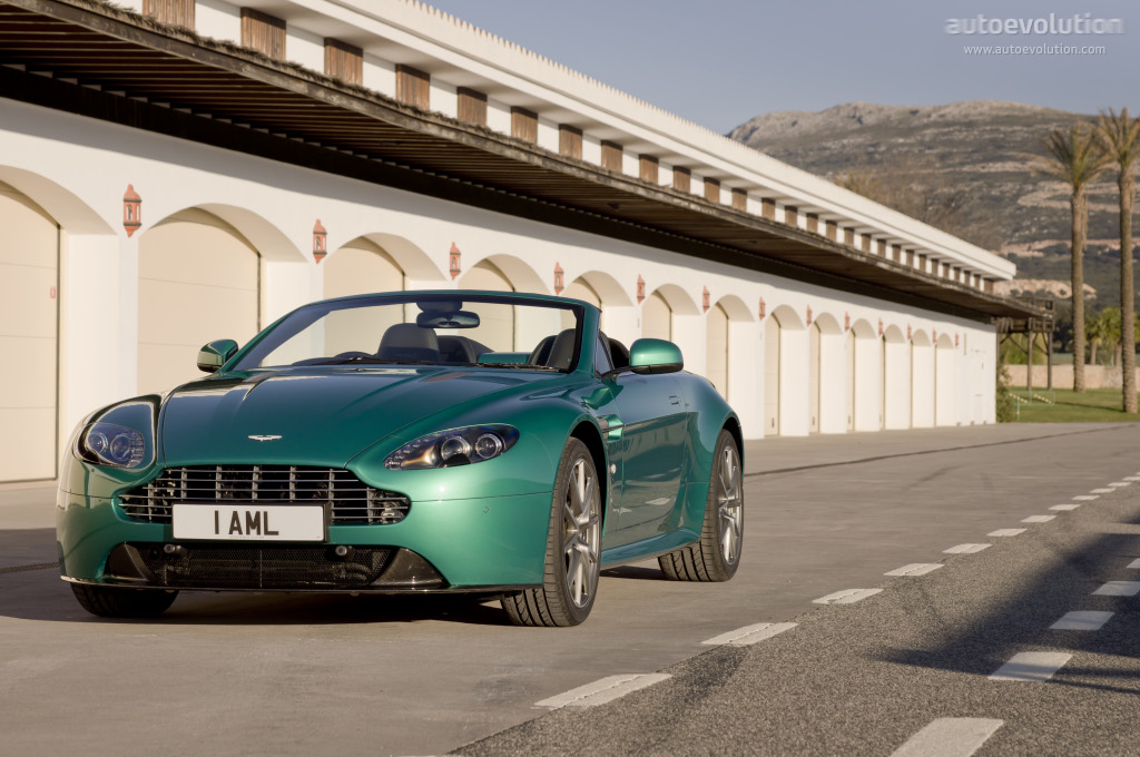 Aston Martin V8 Vantage S Roadster Spezifikationen Fotos 2011 2012 2013 2014 2015 2016 2017 2018 2019 2020 2021 Autoevolution In Deutscher Sprache