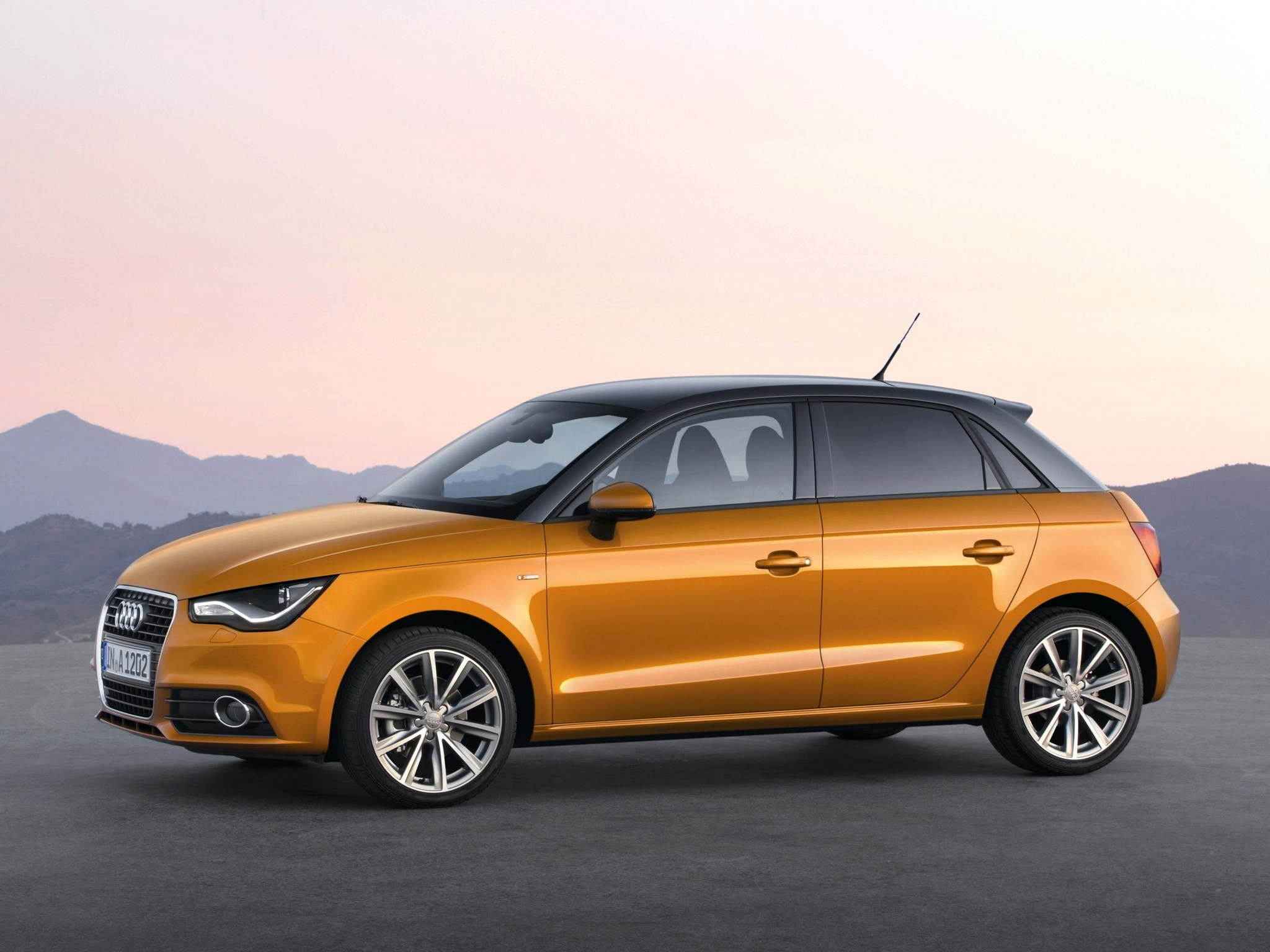 audi a1 sportback 5 doors specs 2012 2013 2014 2015 2016 2017 autoevolution. Black Bedroom Furniture Sets. Home Design Ideas