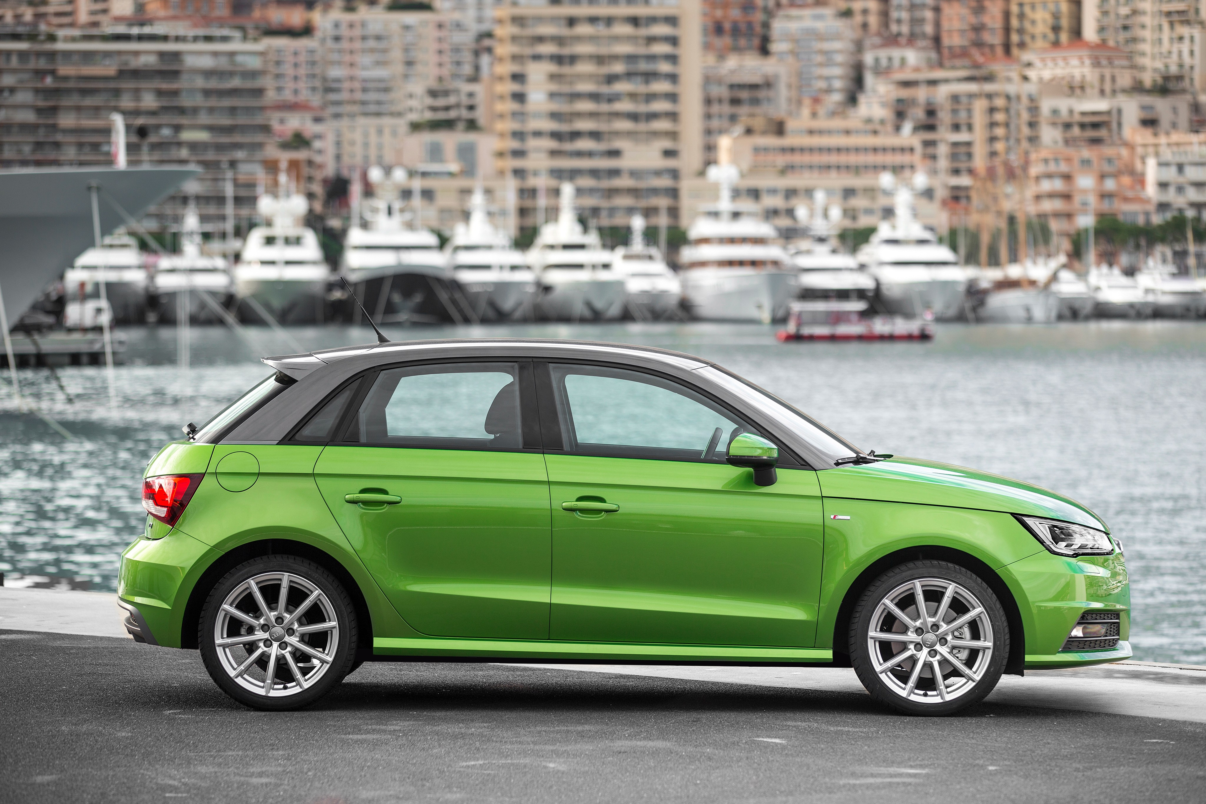 audi a1 sportback 5 doors specs 2012 2013 2014 2015 2016 2017 2018 autoevolution. Black Bedroom Furniture Sets. Home Design Ideas