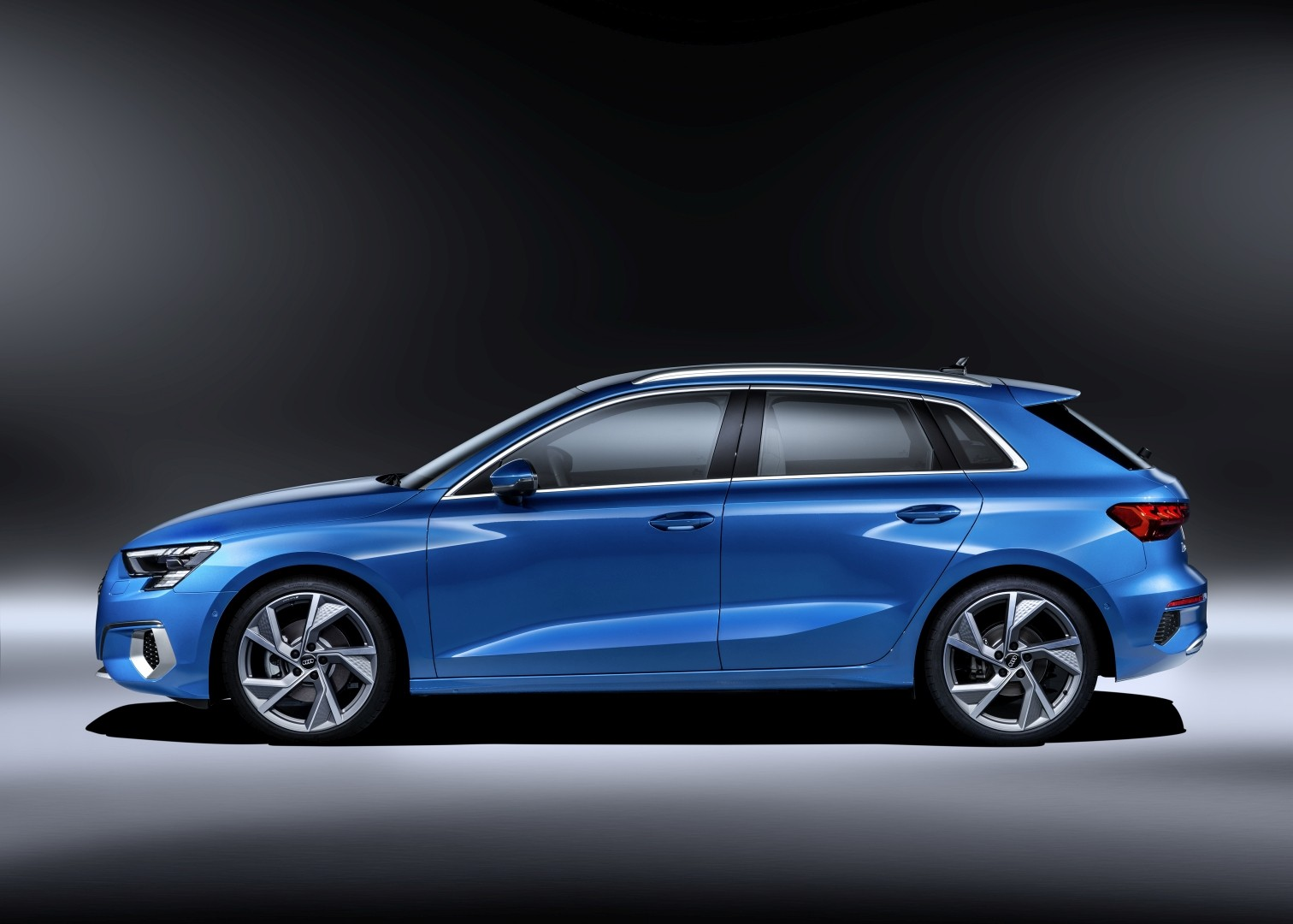 AUDI A3 Sportback specs & photos - 2020 - autoevolution