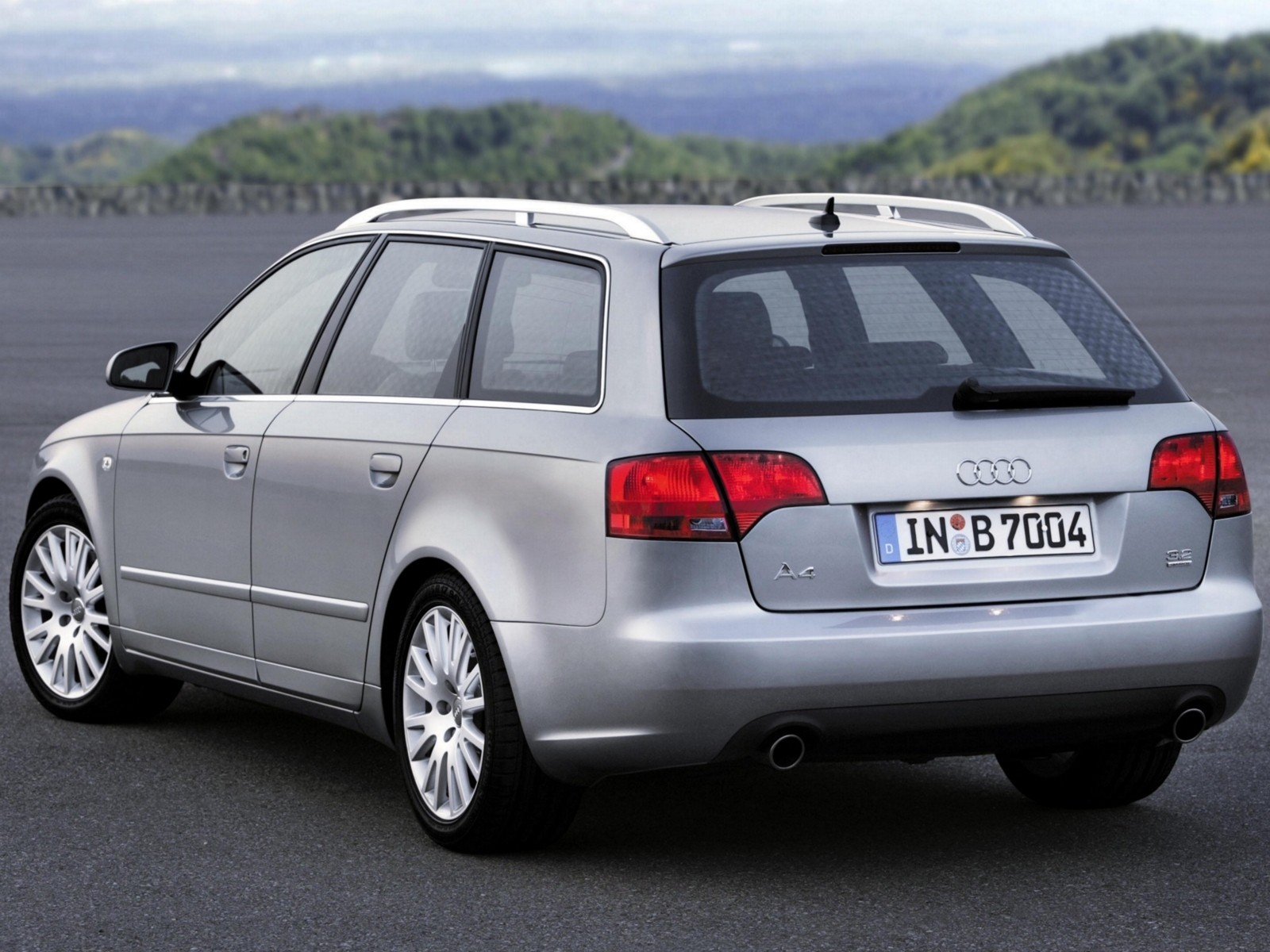 audi a4 avant 2004 2005 2006 2007 autoevolution. Black Bedroom Furniture Sets. Home Design Ideas