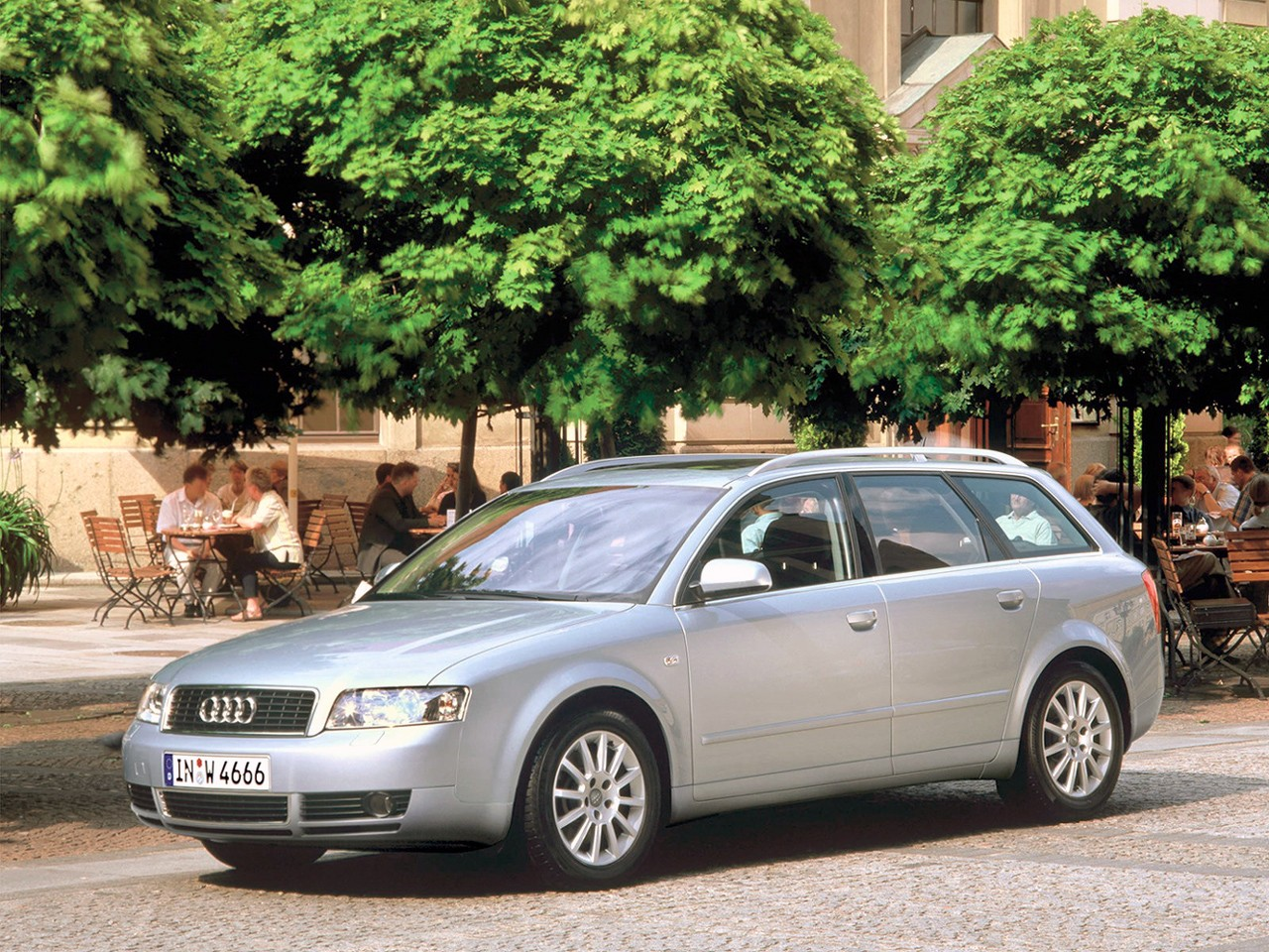 audi a4 avant specs 2001 2002 2003 2004 autoevolution. Black Bedroom Furniture Sets. Home Design Ideas