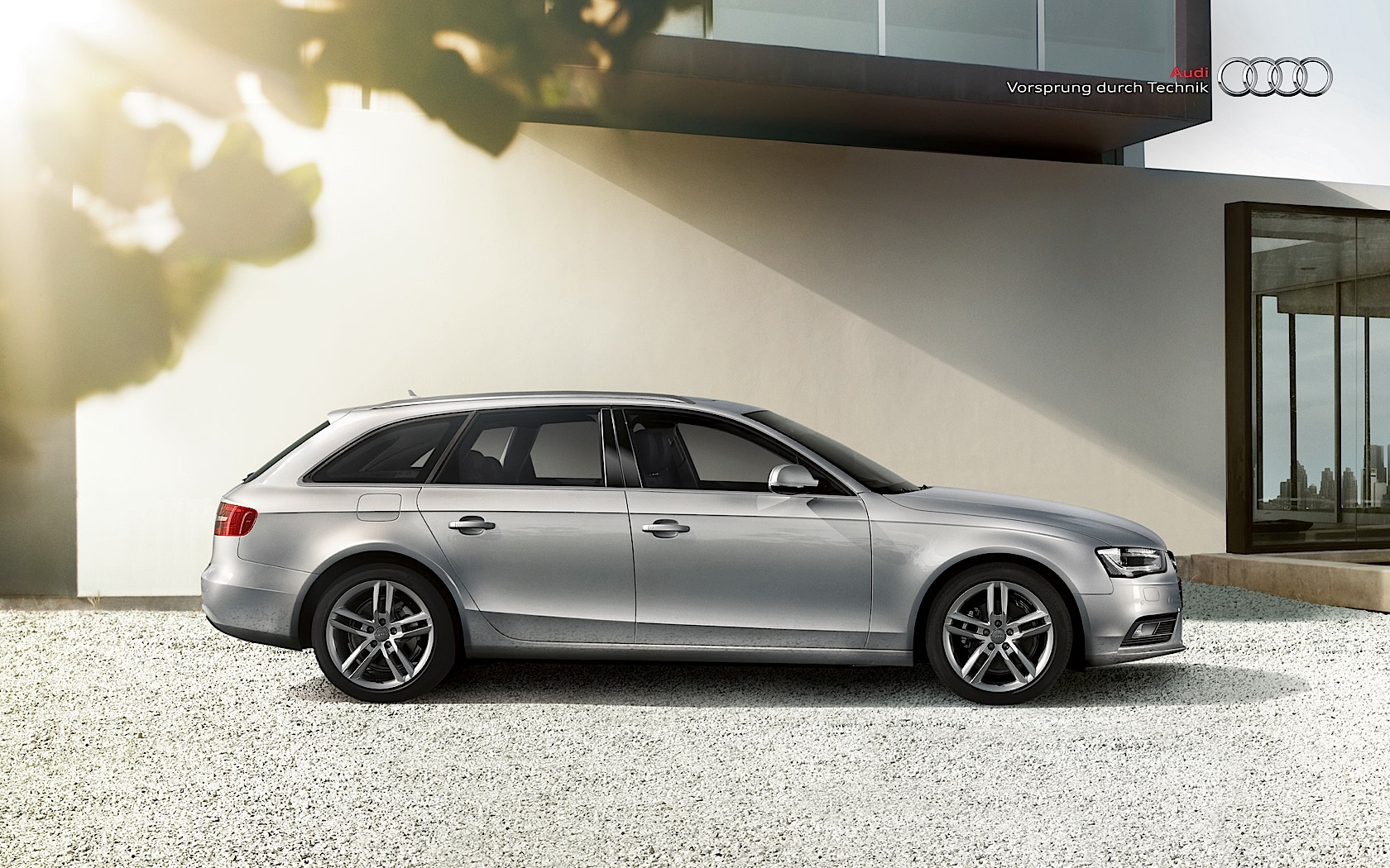 Kelebihan Audi A4 Avant 2014 Perbandingan Harga