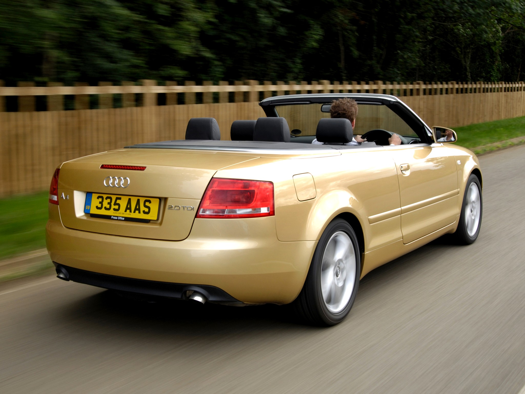 AUDI A4 Cabriolet specs & photos - 2005, 2006, 2007, 2008 ...