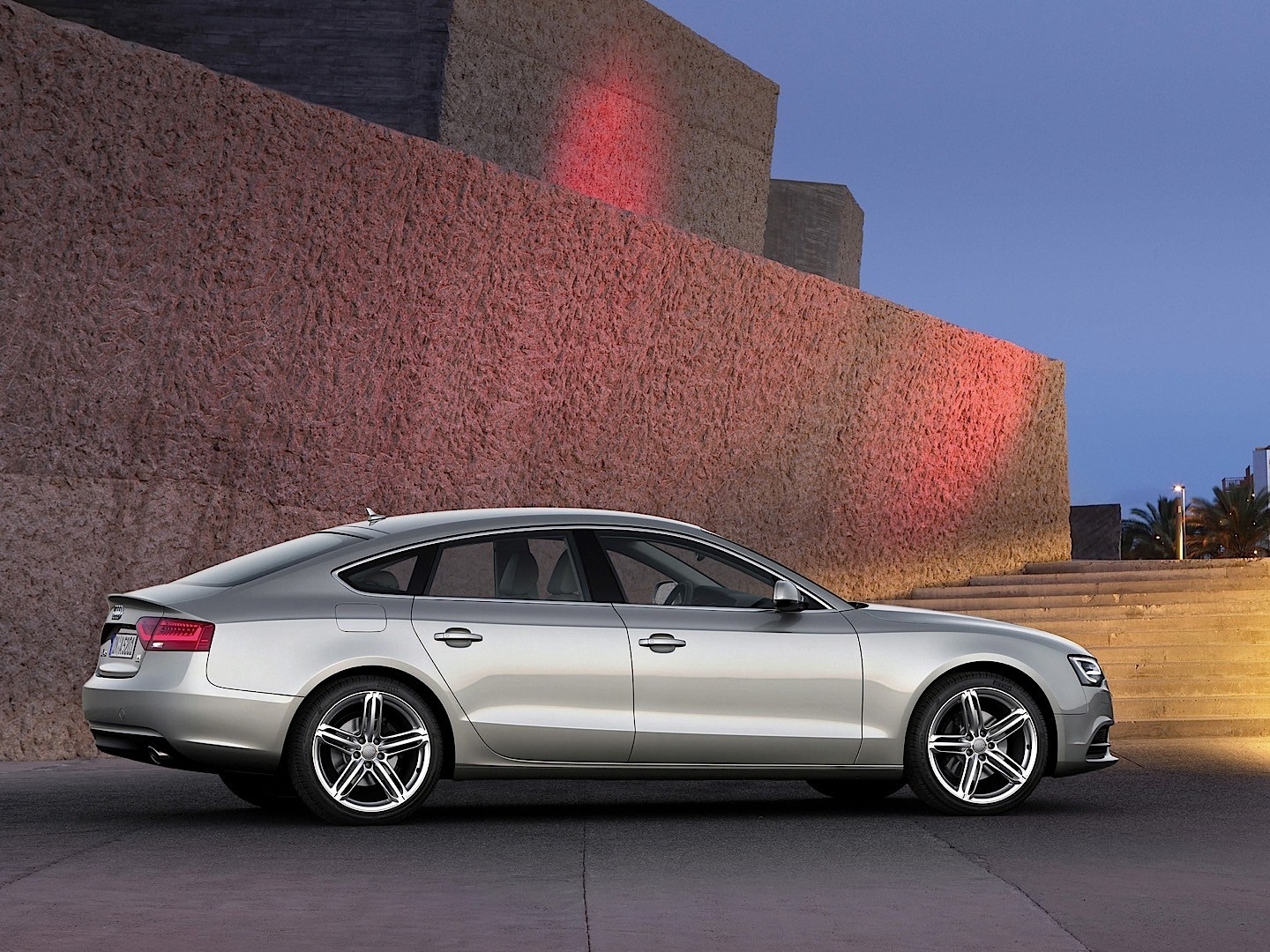 audi a5 sportback specs 2011 2012 2013 2014 2015 2016 2017 2018 autoevolution. Black Bedroom Furniture Sets. Home Design Ideas
