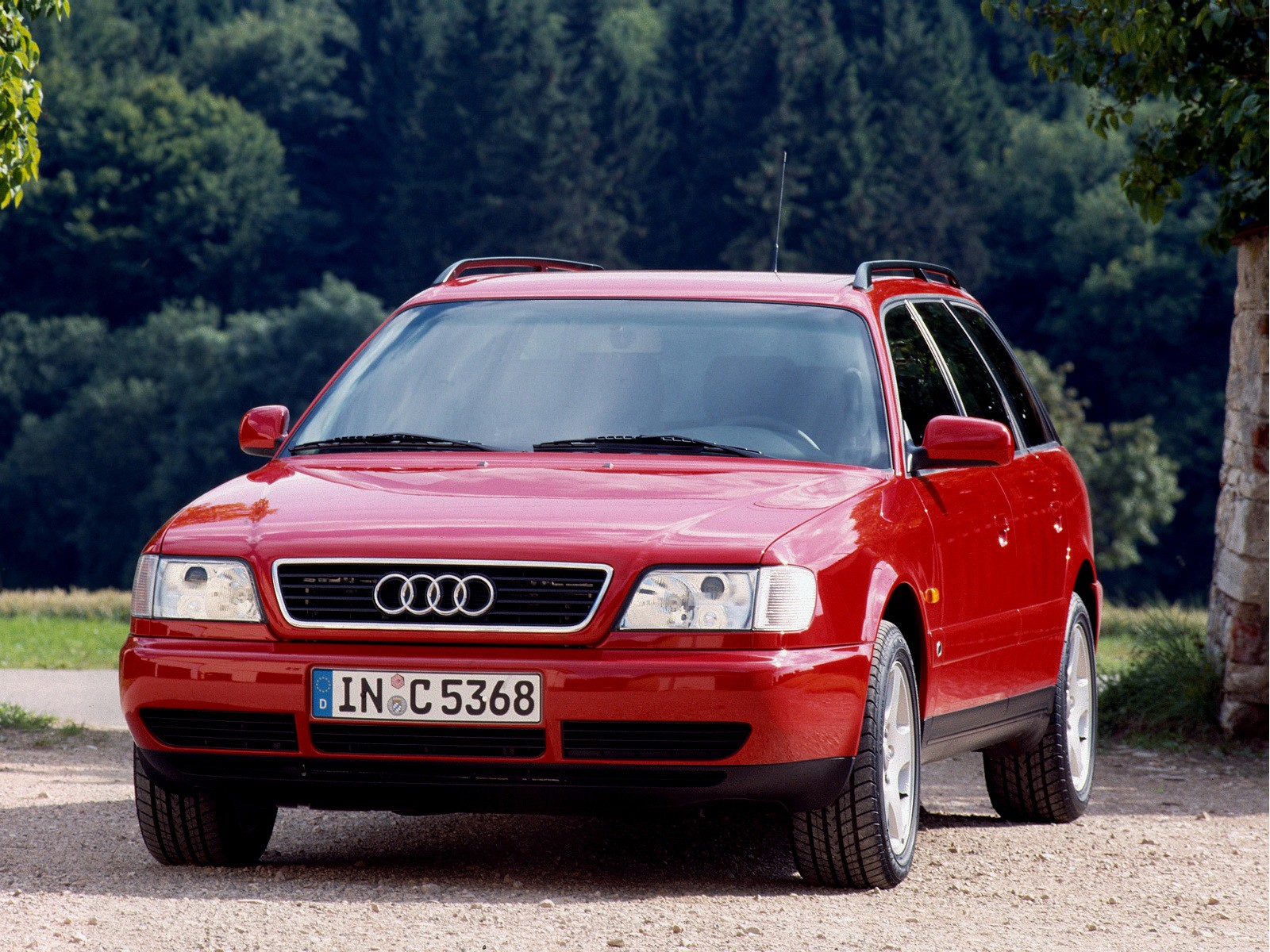 AUDI A6 Avant C4 specs & photos 1994 1995 1996 1997