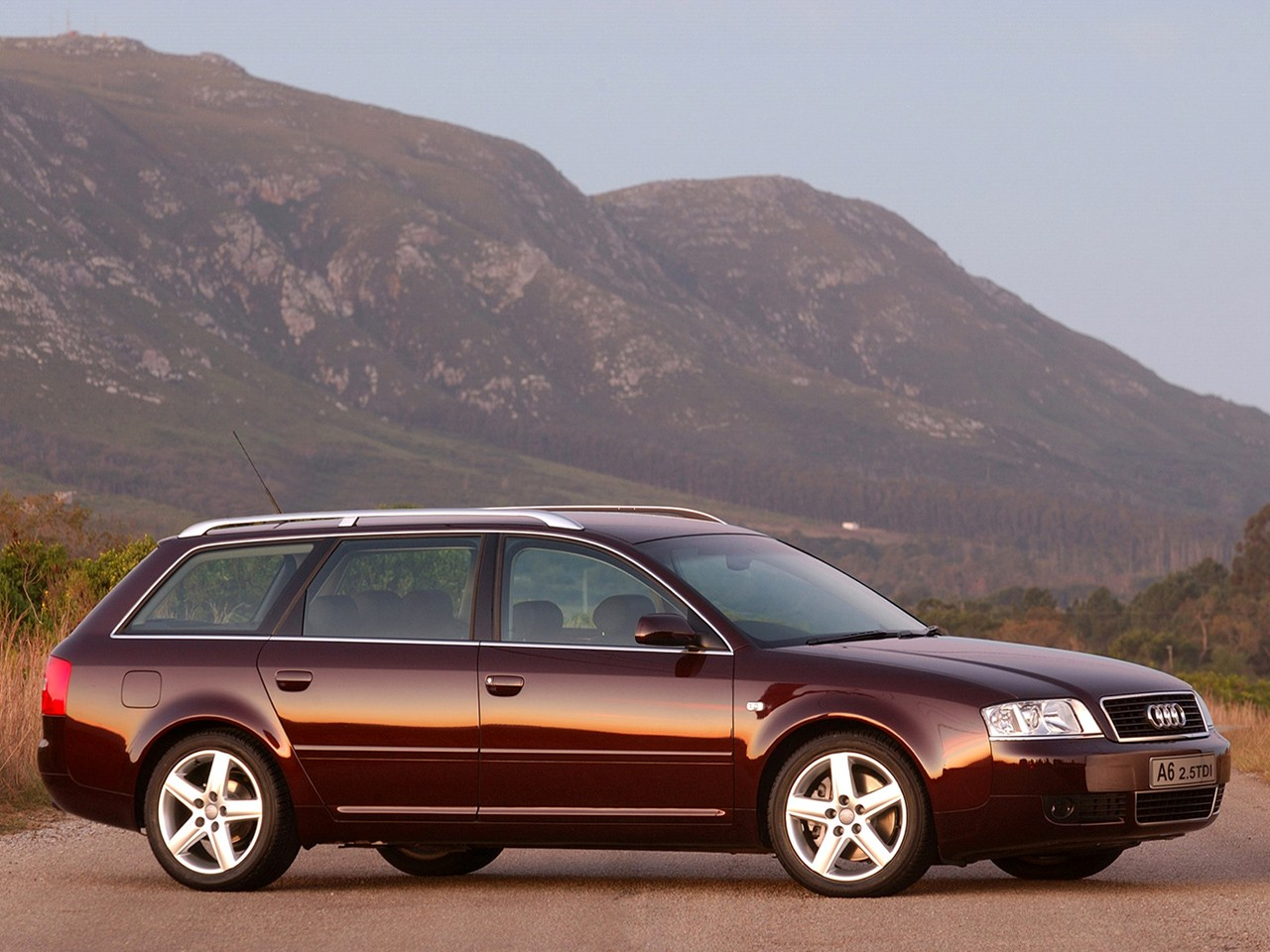 AUDI A6 Avant specs & photos - 2001, 2002, 2003, 2004 - autoevolution