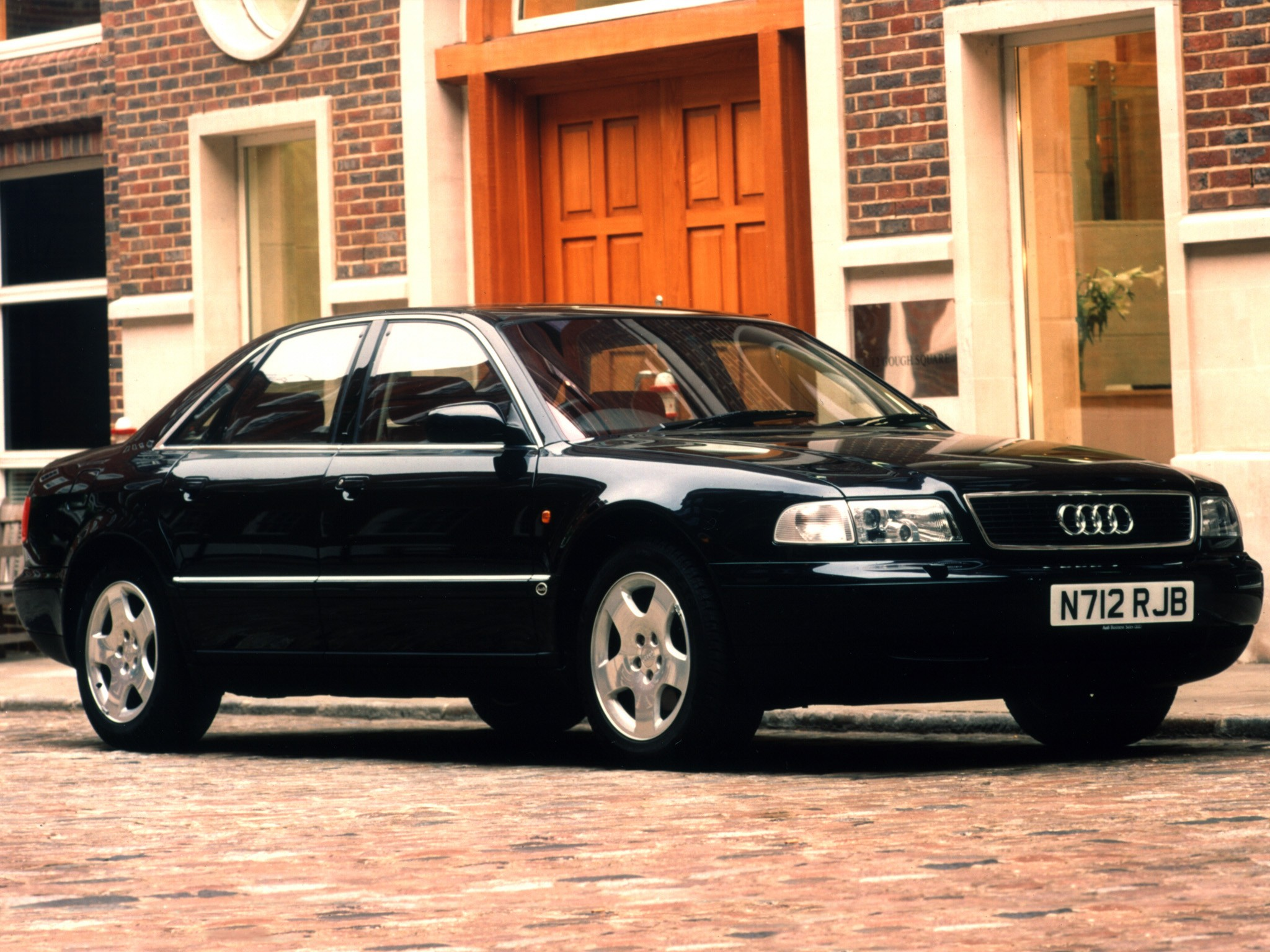 Audi A8 D2 Specs Amp Photos 1994 1995 1996 1997 1998