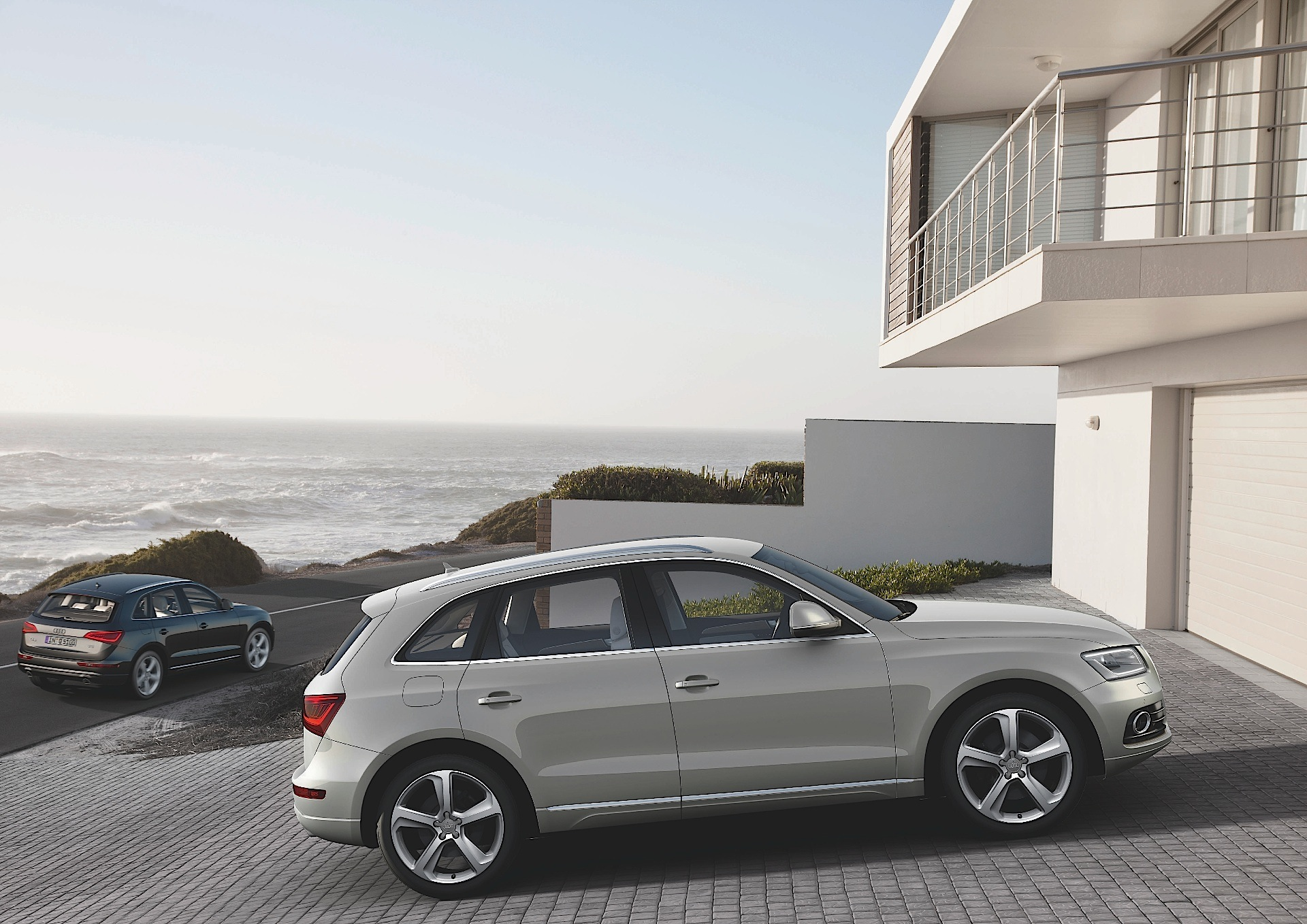 audi q5 specs 2008 2009 2010 2011 2012 autoevolution. Black Bedroom Furniture Sets. Home Design Ideas