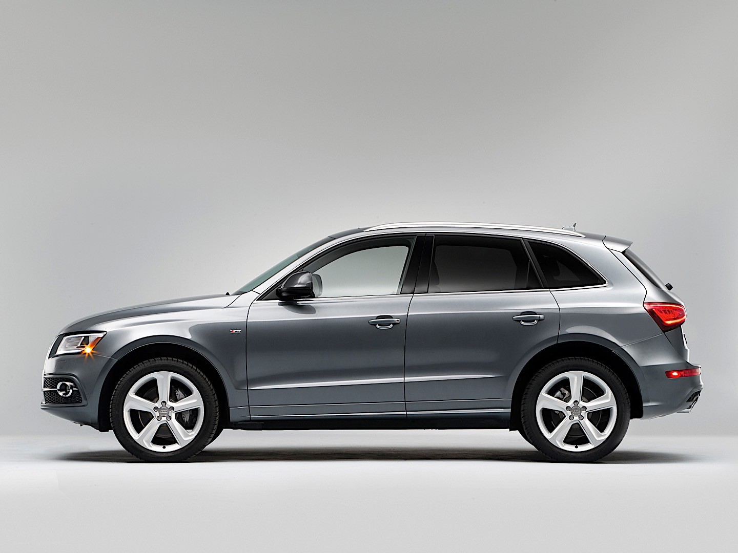 Audi Q5 Length >> Audi Q5 Specs Photos 2012 2013 2014 2015 2016 Autoevolution