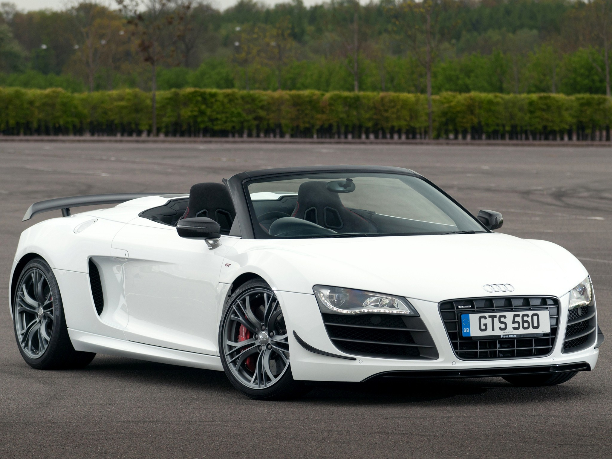 audi r8 gt spyder 2011 2012 2013 autoevolution. Black Bedroom Furniture Sets. Home Design Ideas