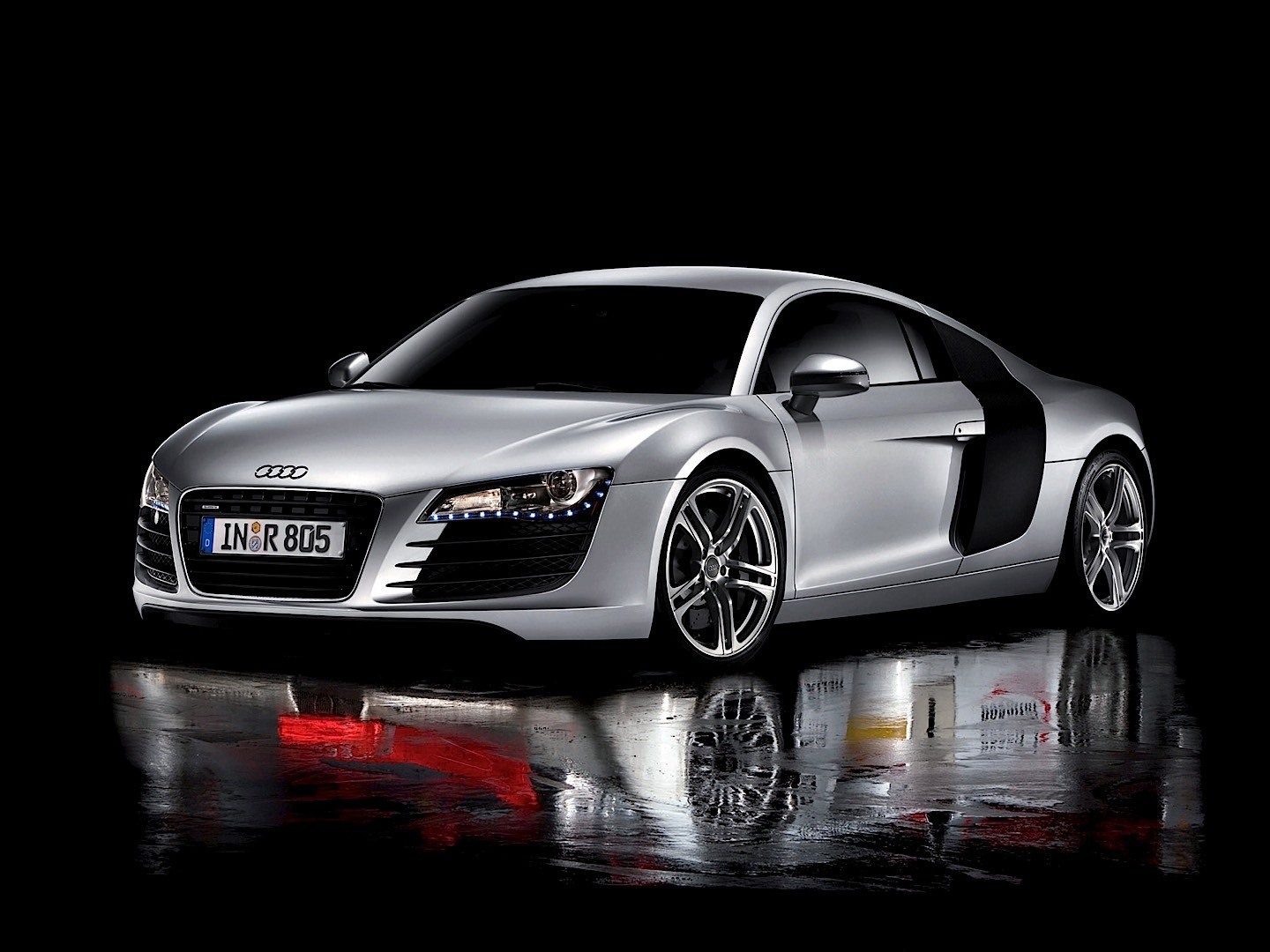 Audi R8 V8 Specs Amp Photos 2007 2008 2009 2010 2011
