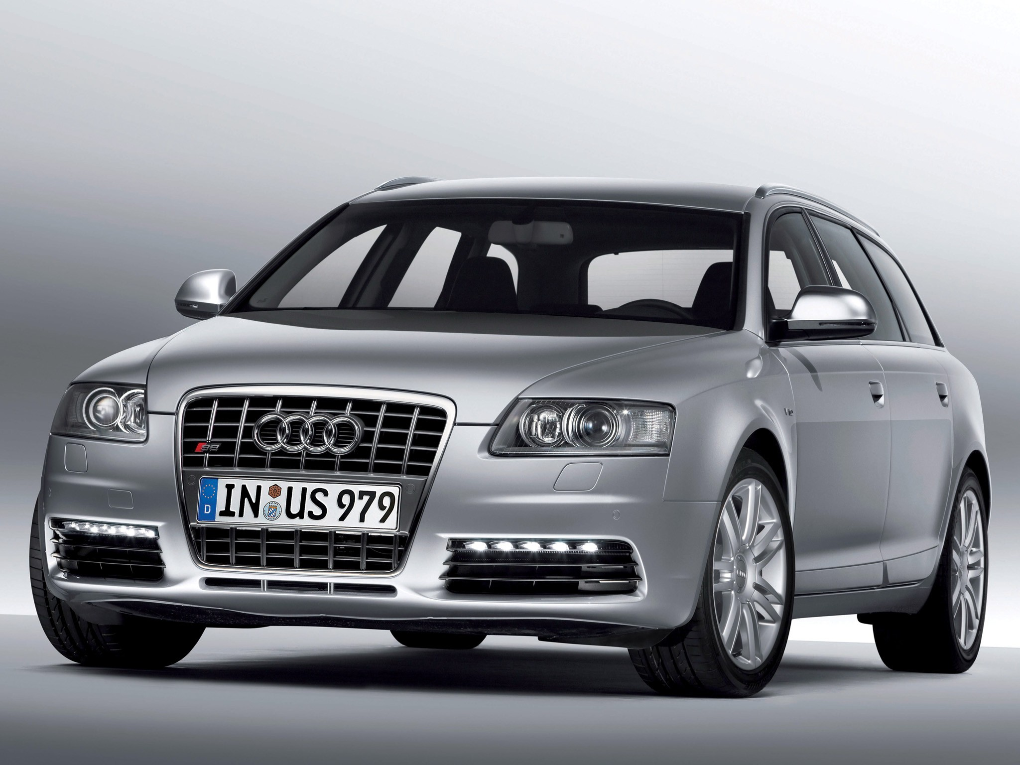 audi s6 avant specs 2008 2009 2010 2011 autoevolution. Black Bedroom Furniture Sets. Home Design Ideas
