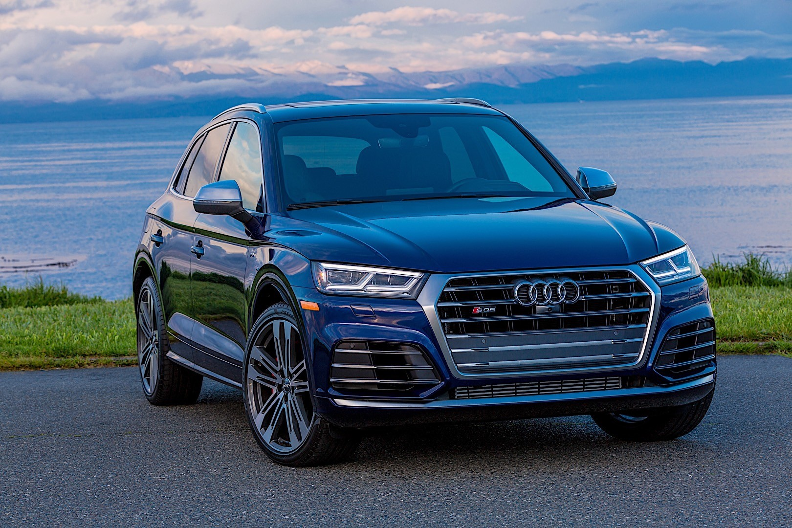 Audi Sq5 2017 Interior >> AUDI SQ5 specs & photos - 2017, 2018 - autoevolution