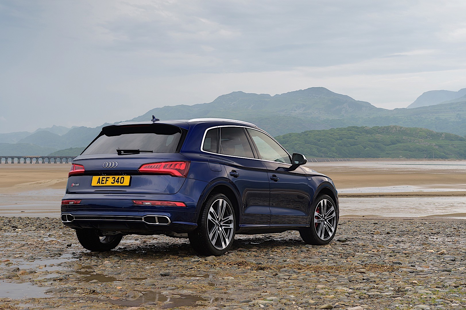 Audi Sq5 Specs Amp Photos 2017 2018 Autoevolution