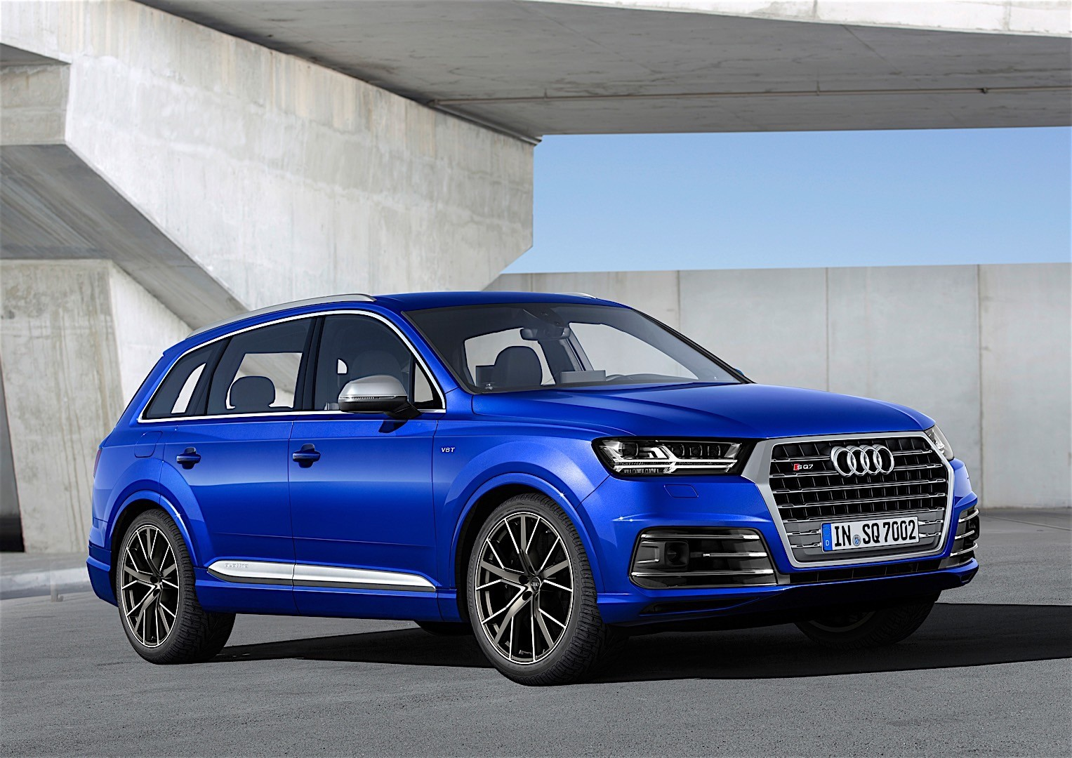 audi sq7 specs 2016 2017 2018 autoevolution. Black Bedroom Furniture Sets. Home Design Ideas