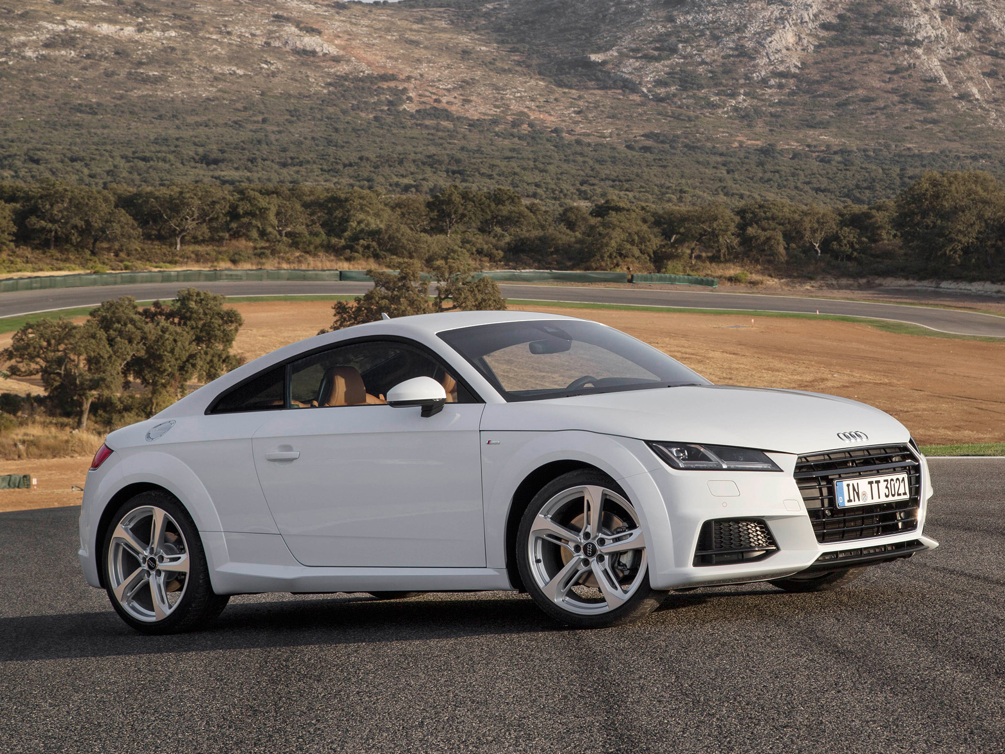 audi tt 2014 2015 2016 autoevolution. Black Bedroom Furniture Sets. Home Design Ideas