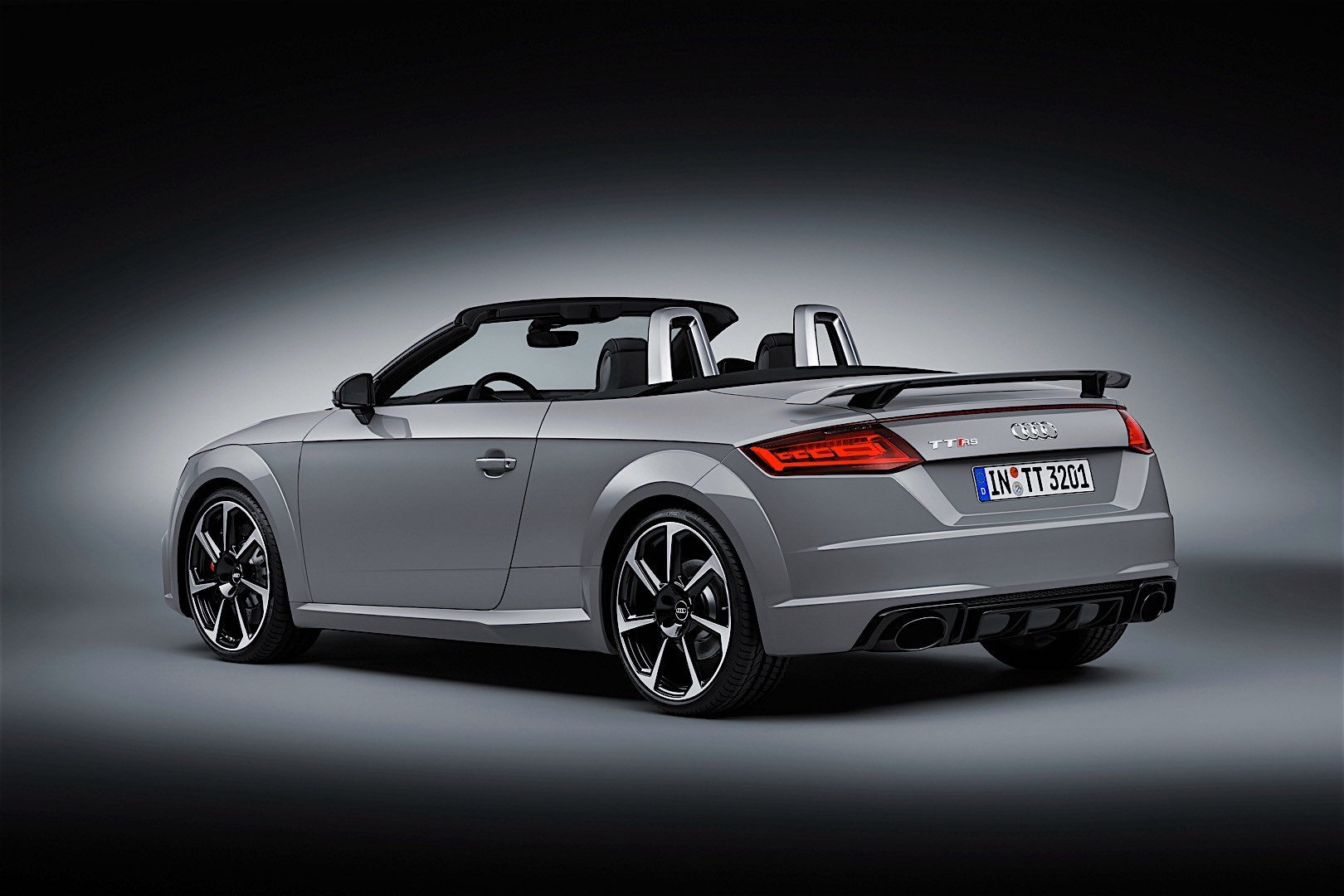 audi tt rs roadster specs 2016 2017 2018 autoevolution. Black Bedroom Furniture Sets. Home Design Ideas