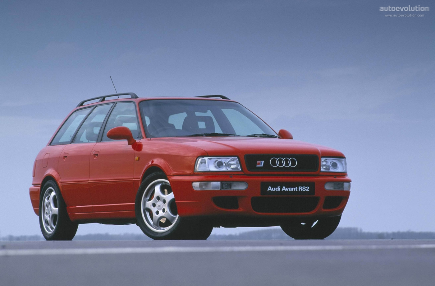 audi 80 avant rs2 specs photos 1994 1995 1996 autoevolution. Black Bedroom Furniture Sets. Home Design Ideas
