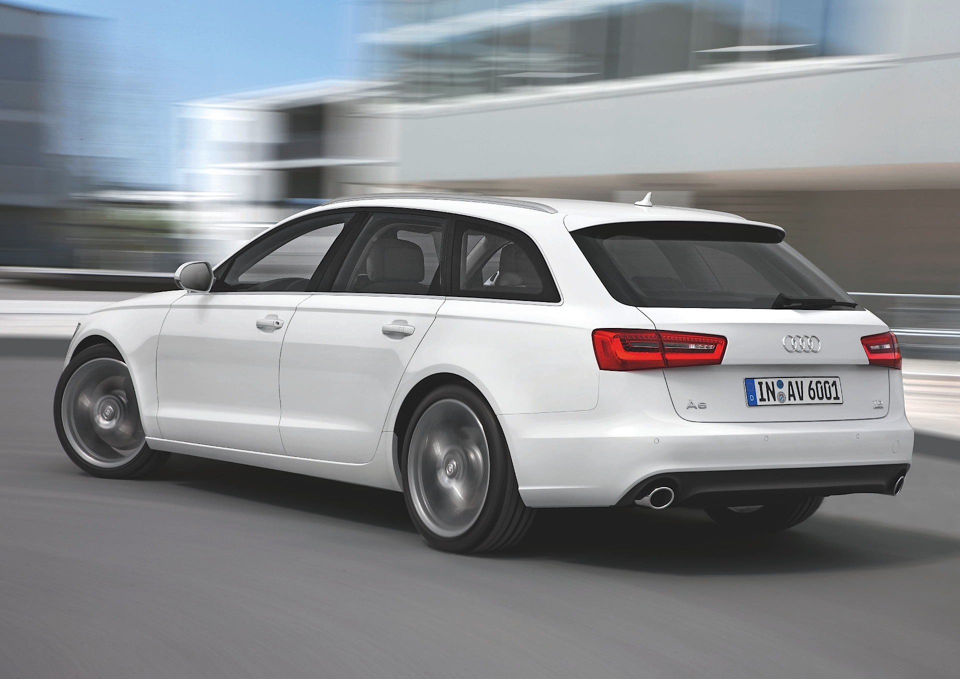 Audi a4 s line station wagon 2015 reviews 10