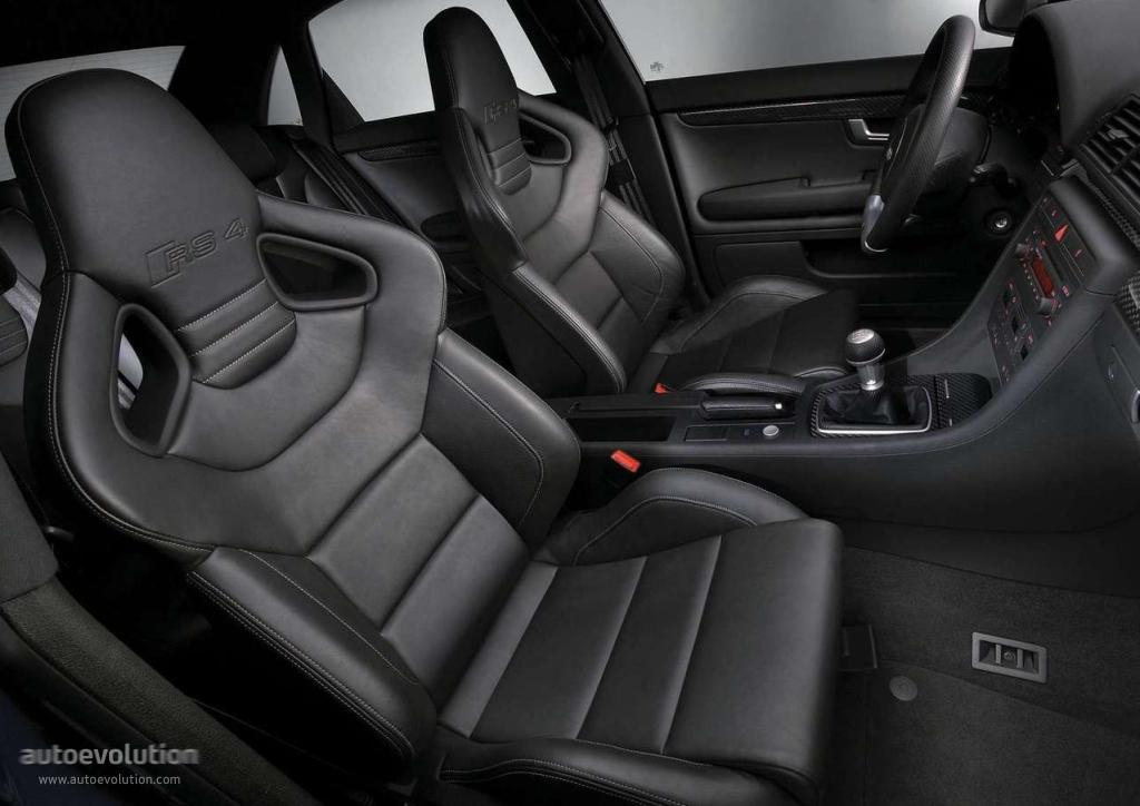 Audi rs4 specs 2005 2006 2007 2008 autoevolution for Interieur audi tt