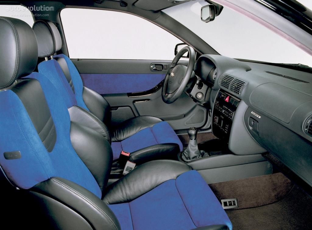 Audi s3 1999 2000 2001 autoevolution for Interieur audi s3 2000