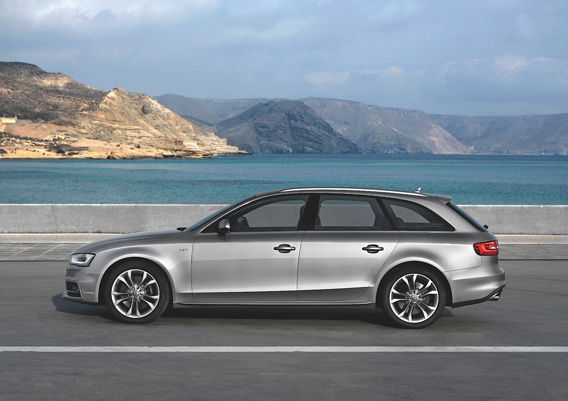 Audi a4 s line station wagon 2015 review 2009