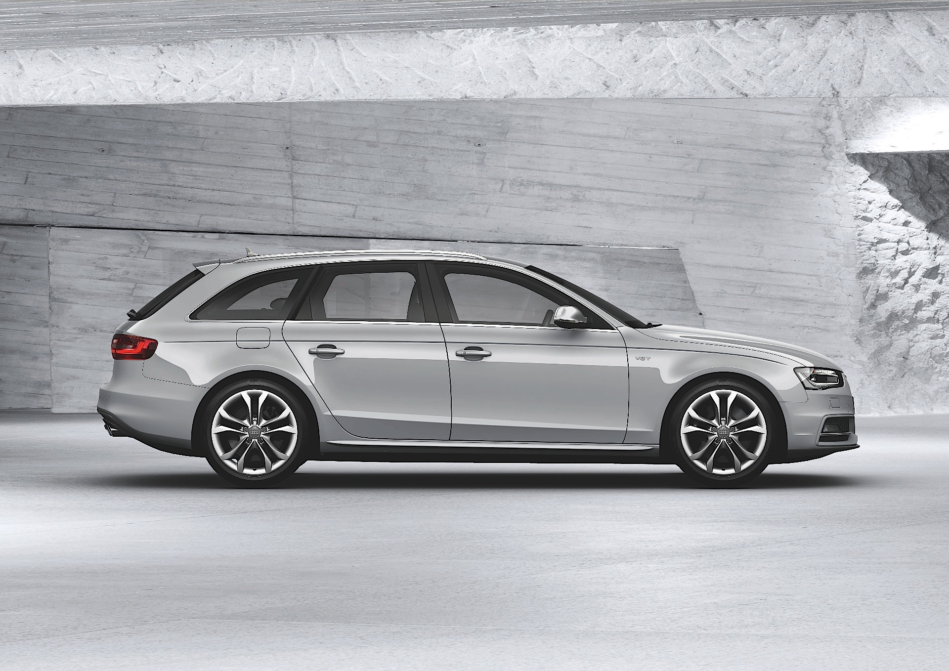 AUDI S Avant Specs Autoevolution - Audi s4 avant